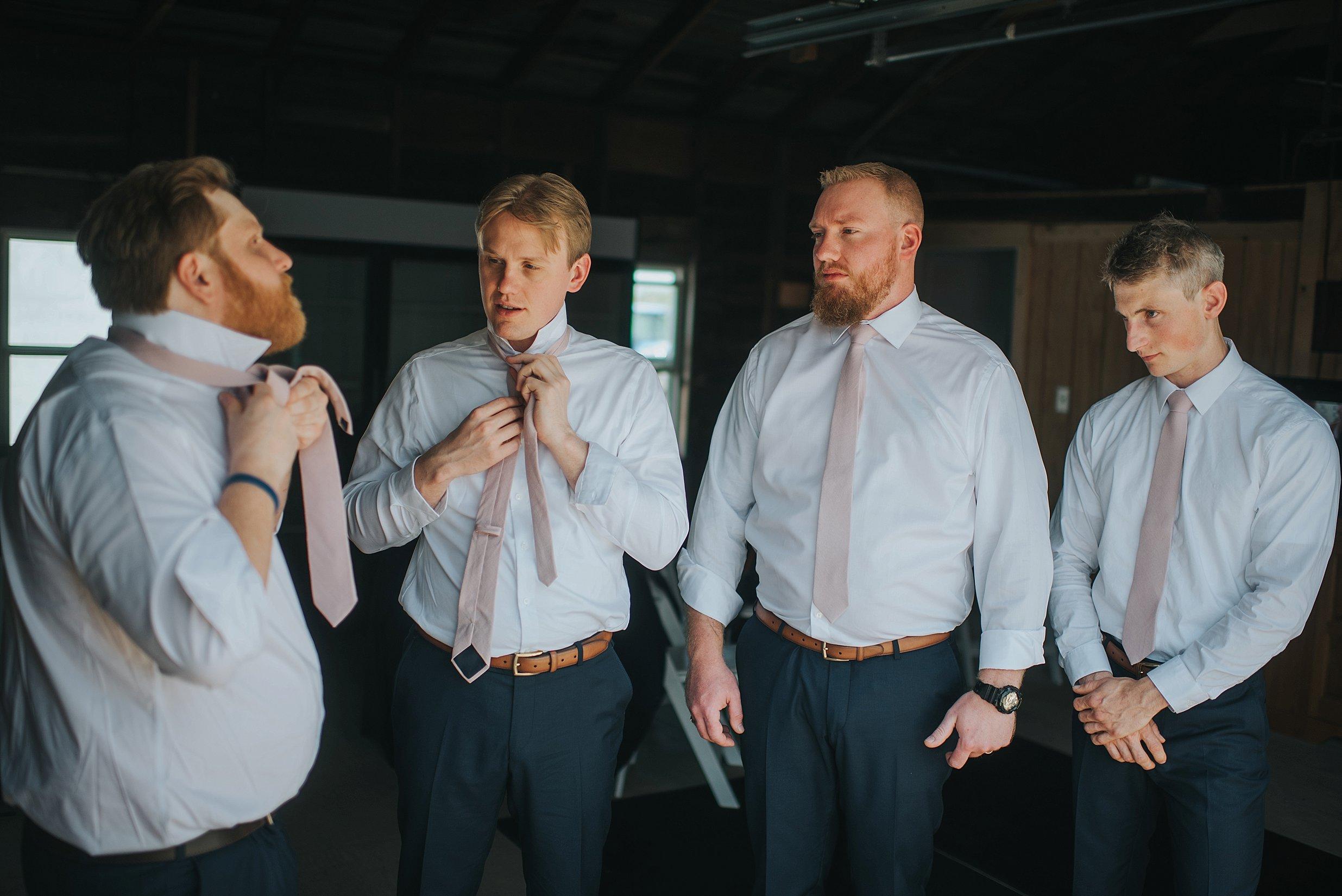 Hillcrest Farm Wedding Ohio_0010.jpg