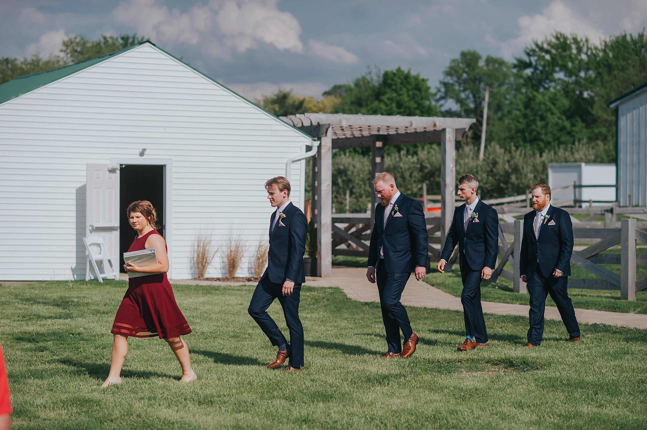 Hillcrest Farm Wedding Ohio_0018.jpg
