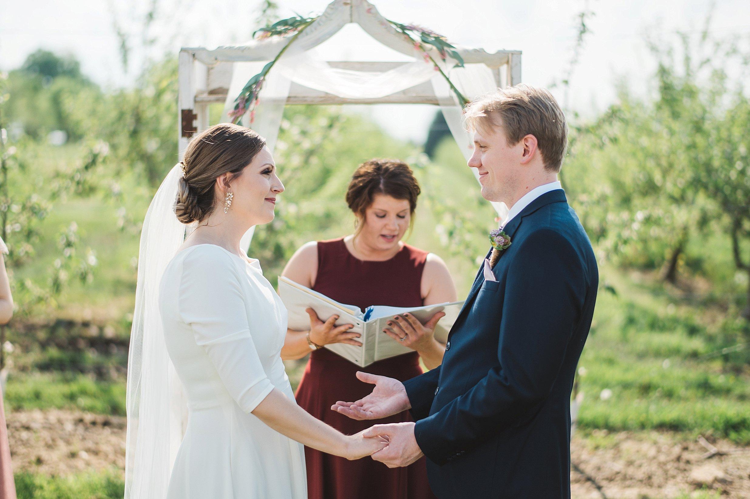 Hillcrest Farm Wedding Ohio_0020.jpg