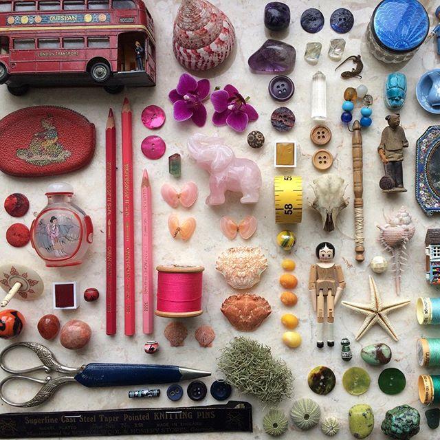 Getting ready for #matsbootcamp2019 with #matsprep a colour palette made up of ephemera from around our homes! So much fun putting this together!  #mymatsprep #matsbootcamp #makeartthatsells #matsmba #lillarogers #illustratorslife #makemoreart #colour #creativeinspiration #artistsoninstagram