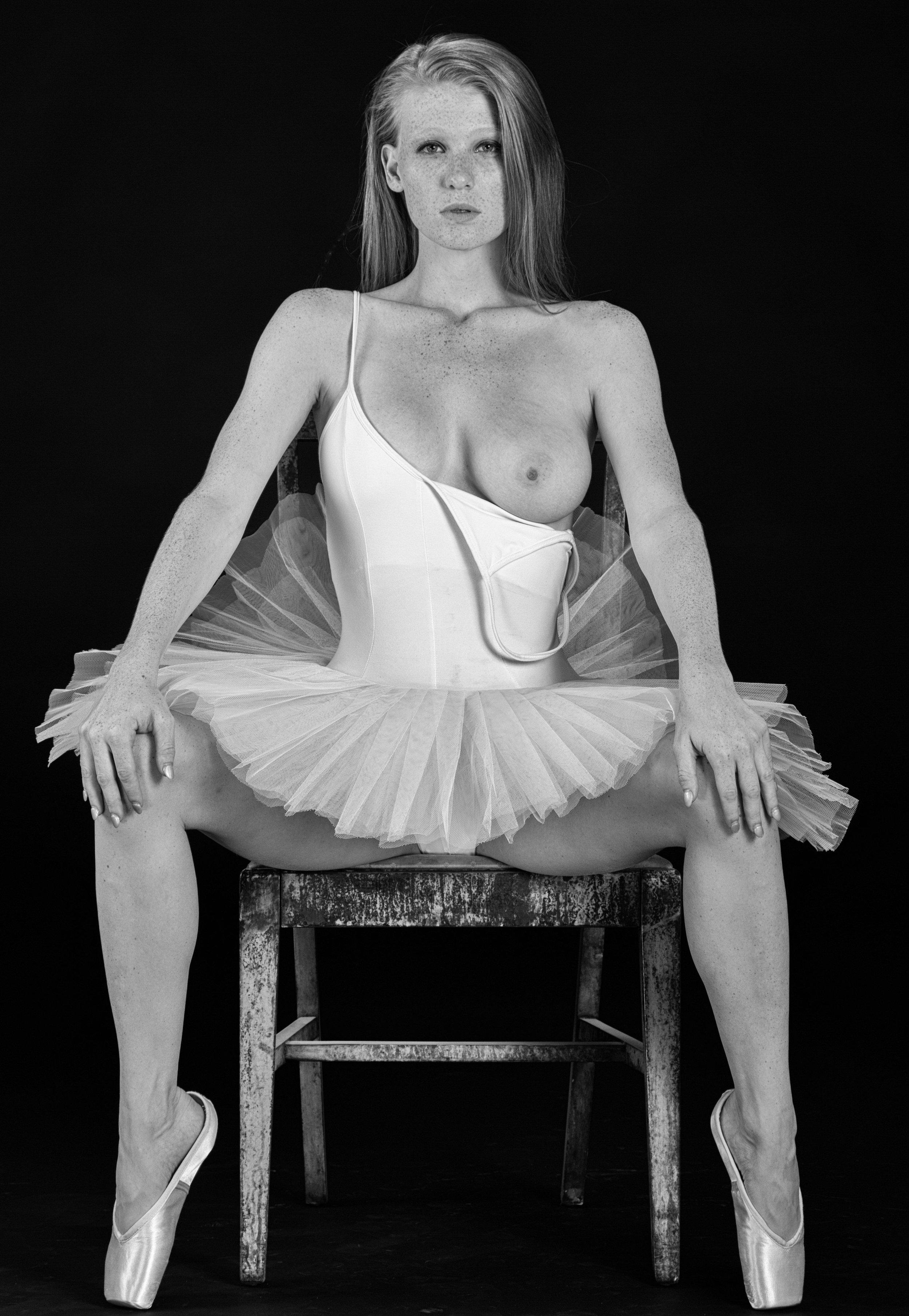 Hannah Sitting fine art.JPG