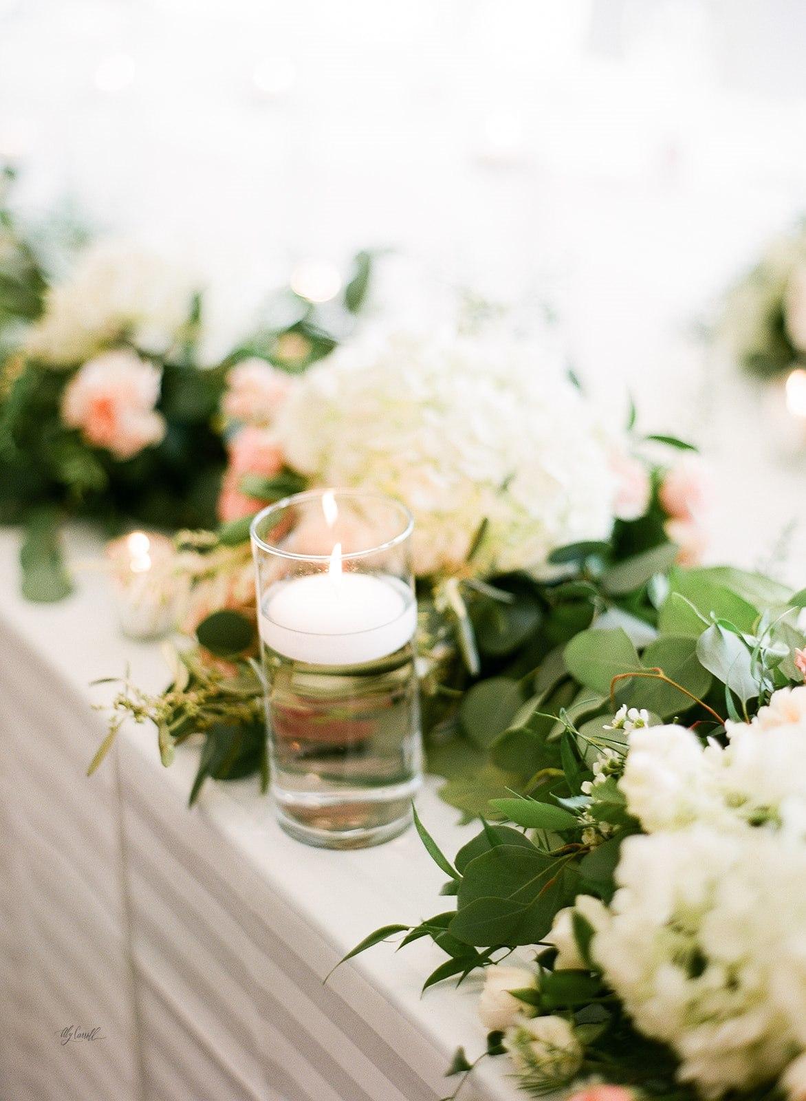 Allison _ Travis Wedding Film-000066290008.jpg