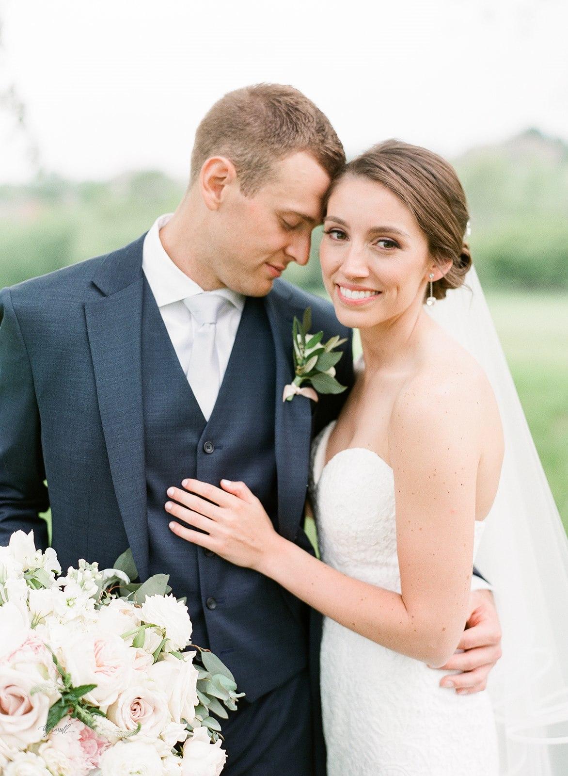Allison _ Travis Wedding Film-000066310007.jpg