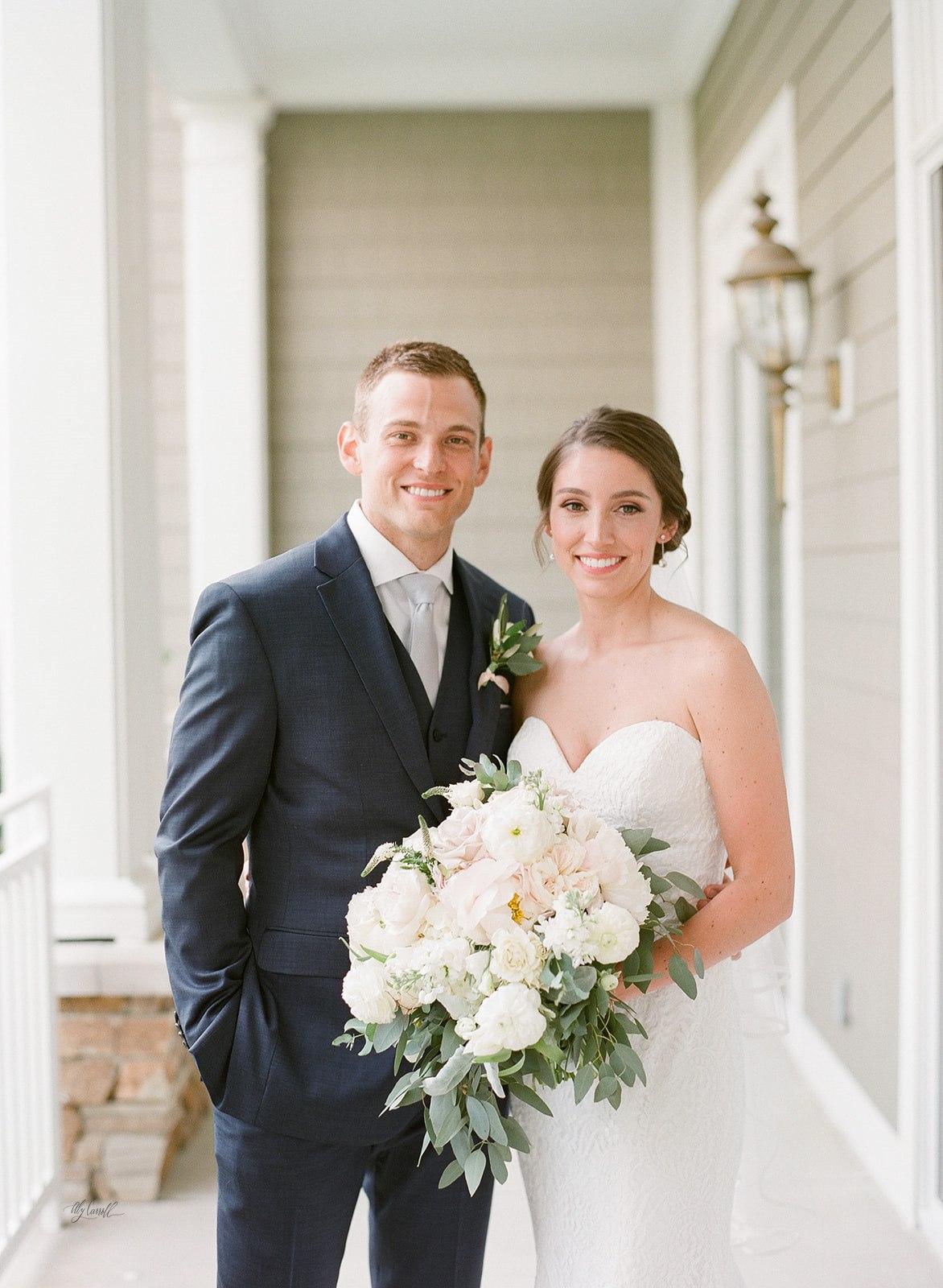 Allison _ Travis Wedding Film-000066330005.jpg