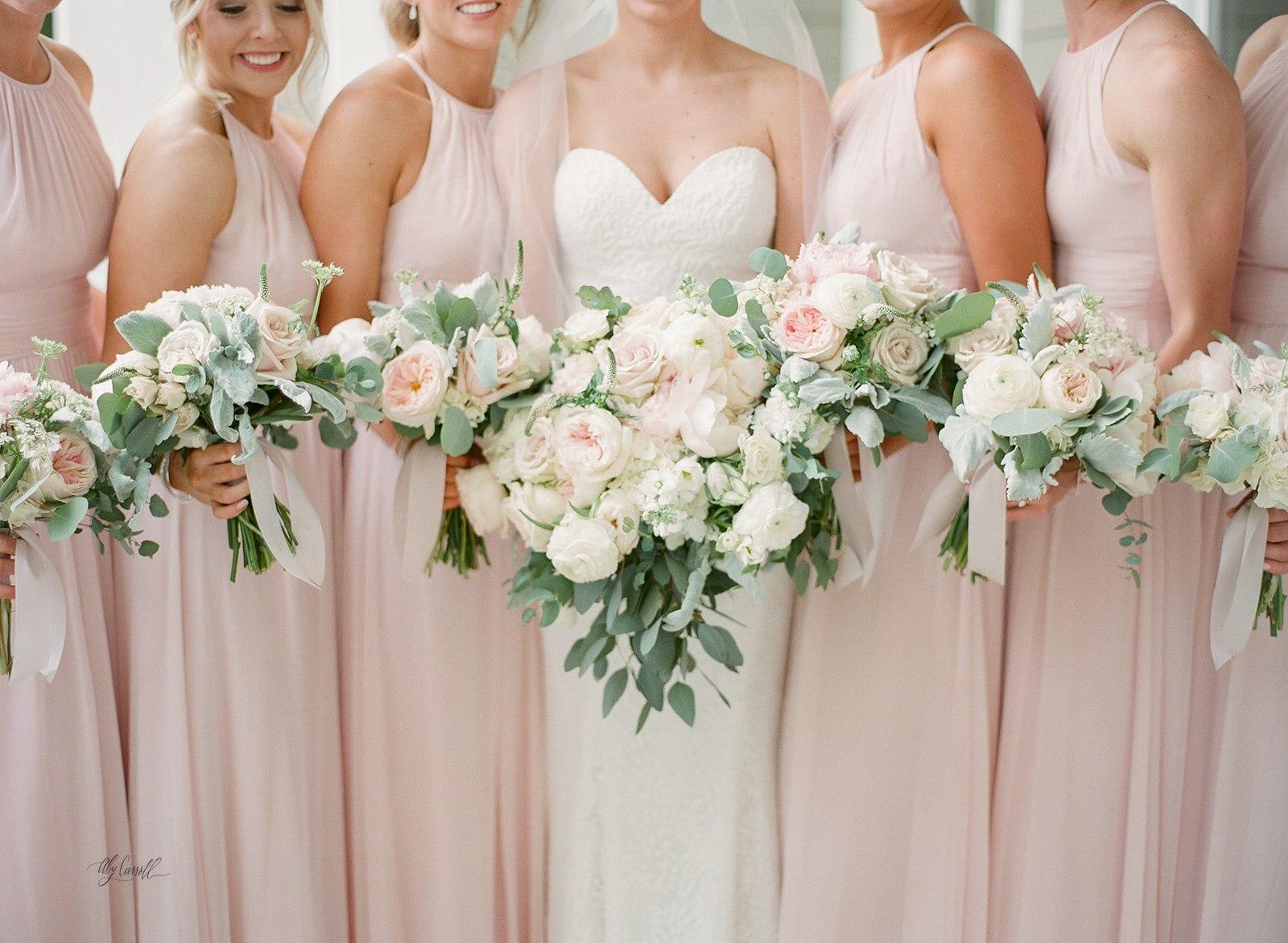 Allison _ Travis Wedding Film-000066330012.jpg