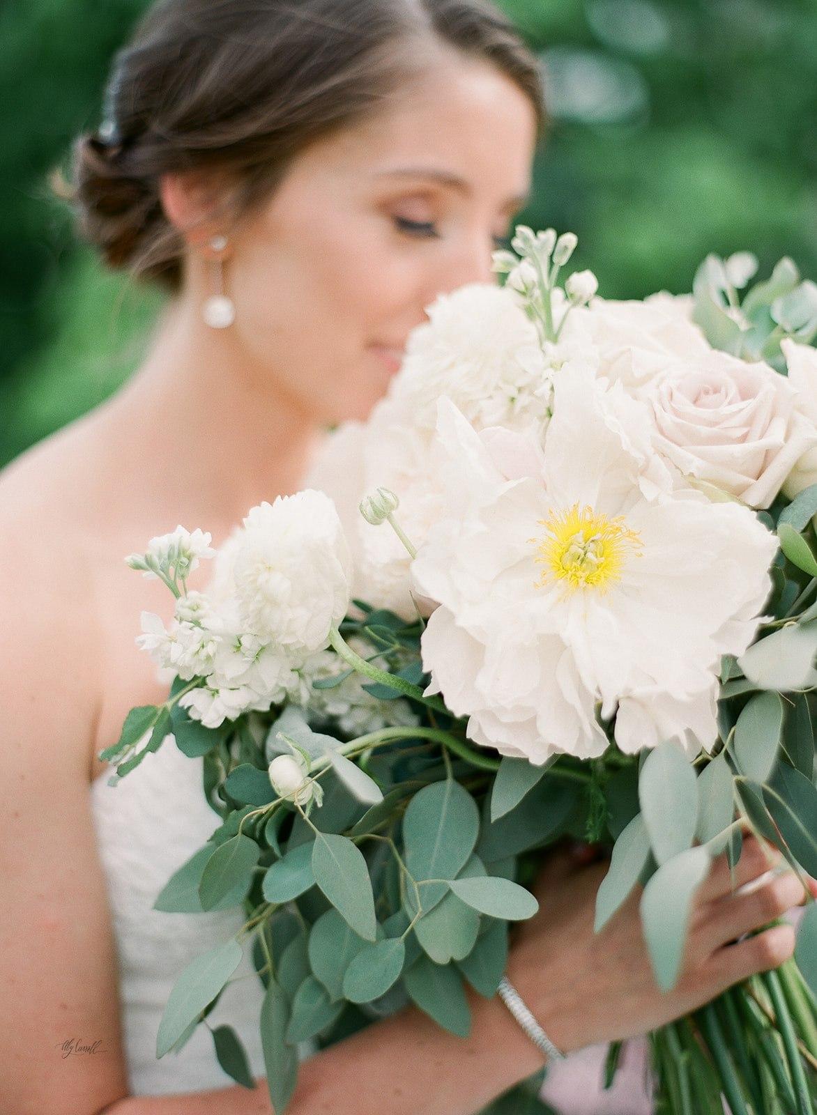 Allison _ Travis Wedding Film-000066360016.jpg