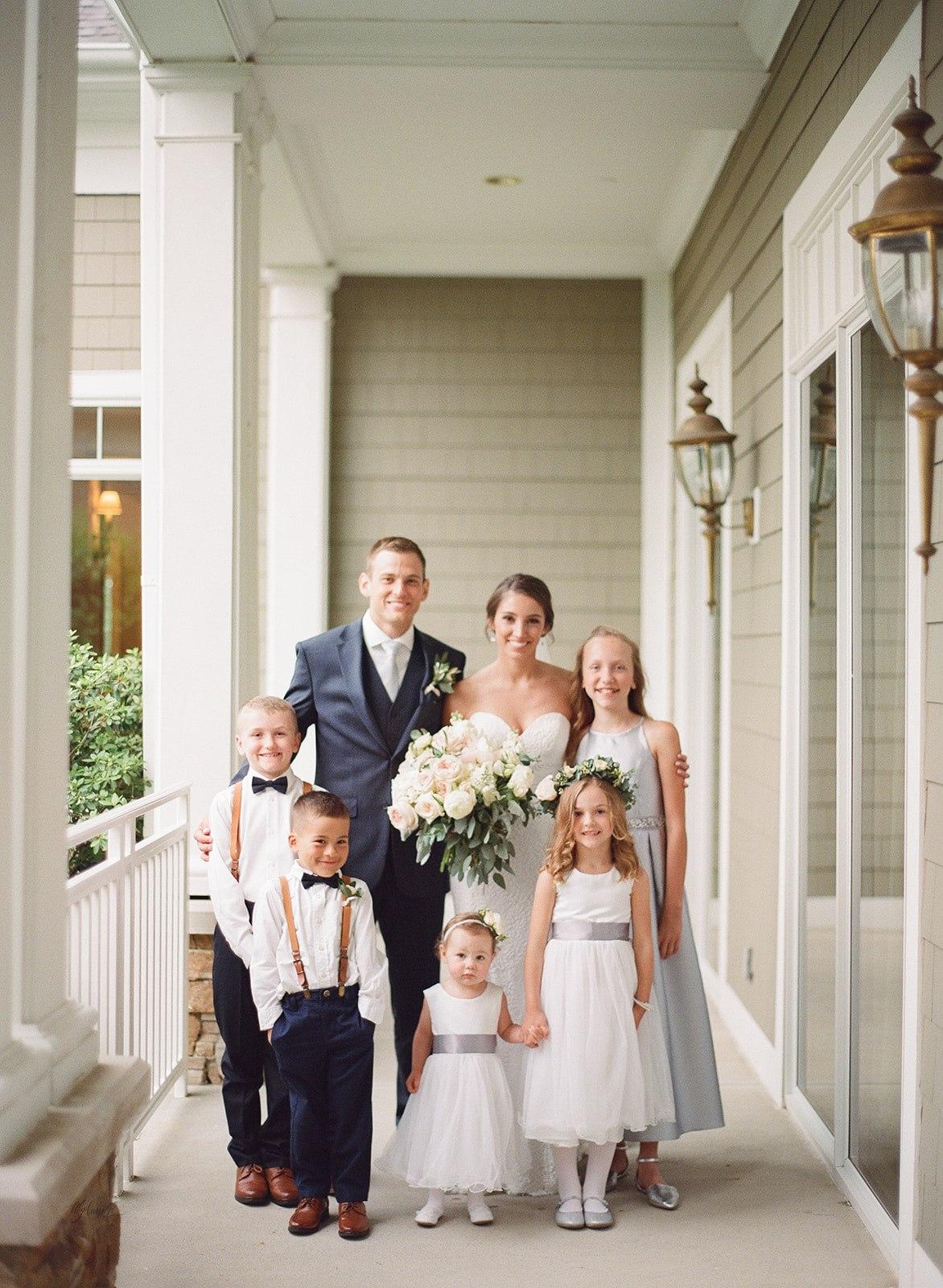 Allison _ Travis Wedding Film-000066380012.jpg