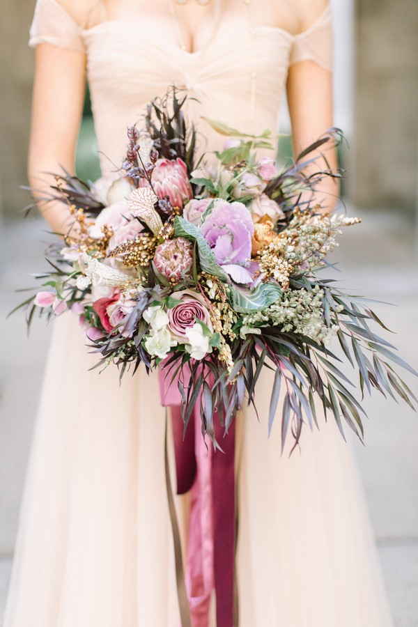 retro chicago bridal shoot - trendy bride
