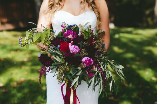 lodge wedding in the fall - wedding chicks