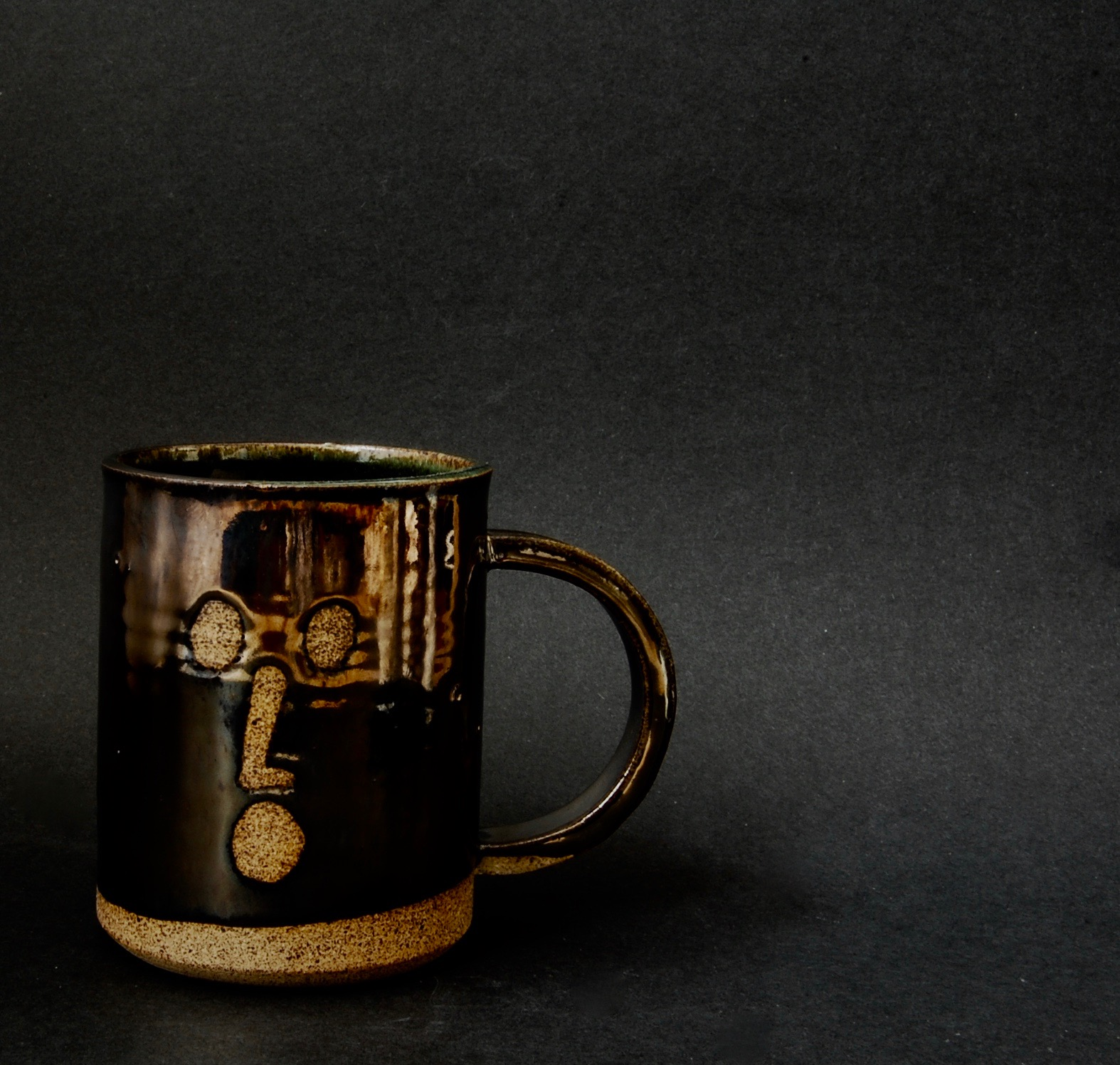 face mug 1 metallic.jpg