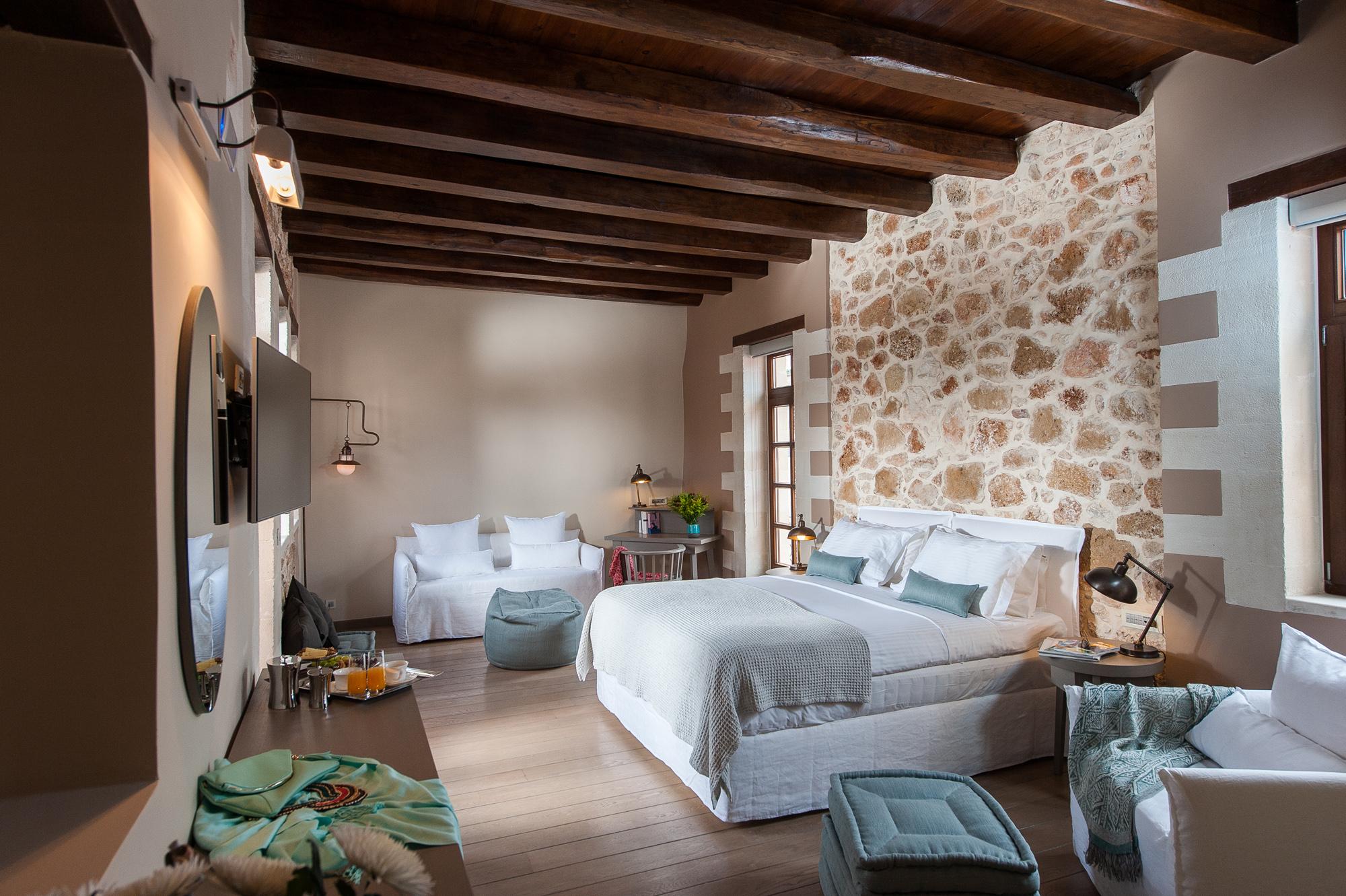 Sereniss-Superior suite terrace3.jpg