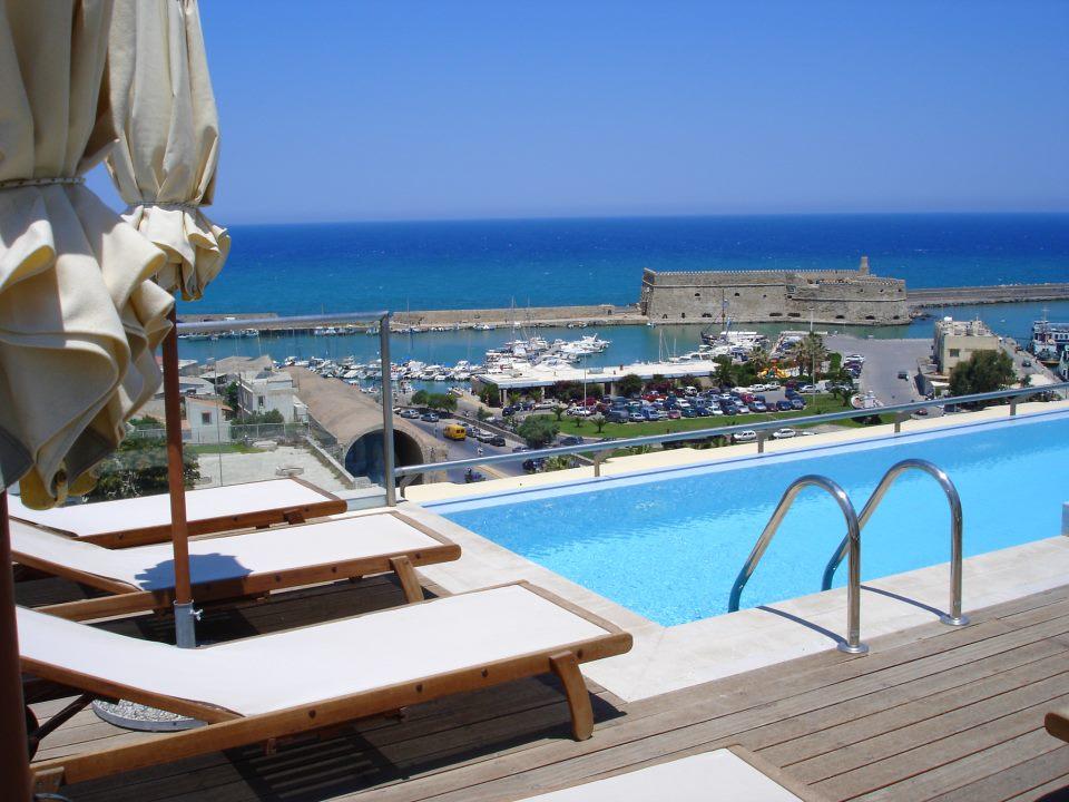 GDM Megaron Luxury Hotel 1.jpg