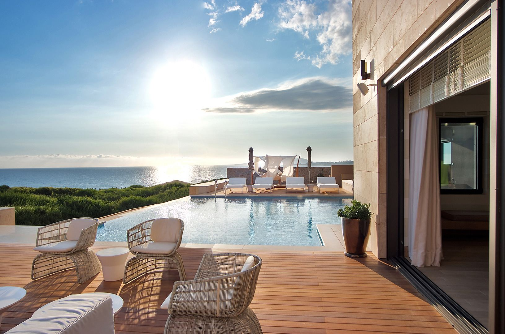 The Romanos Resort Costa Navarino 2.jpg