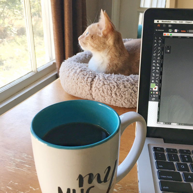 S1862_Willow-Cat_Macbook-Laptop_My-Coffee-Cup.jpg
