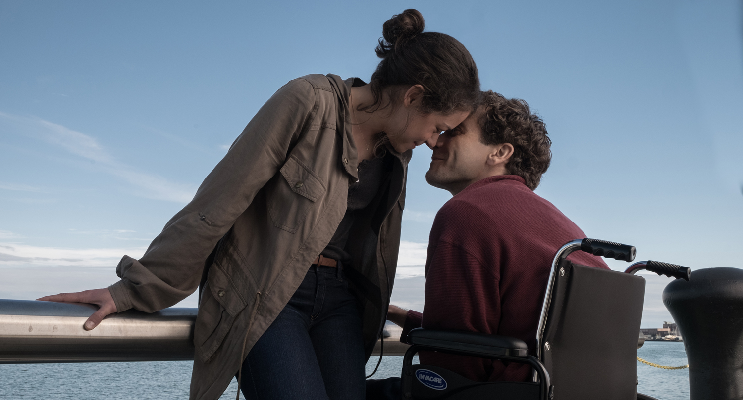 STRONGER features incredible performances from Tatiana Maslany & Jake Gyllenhaal.