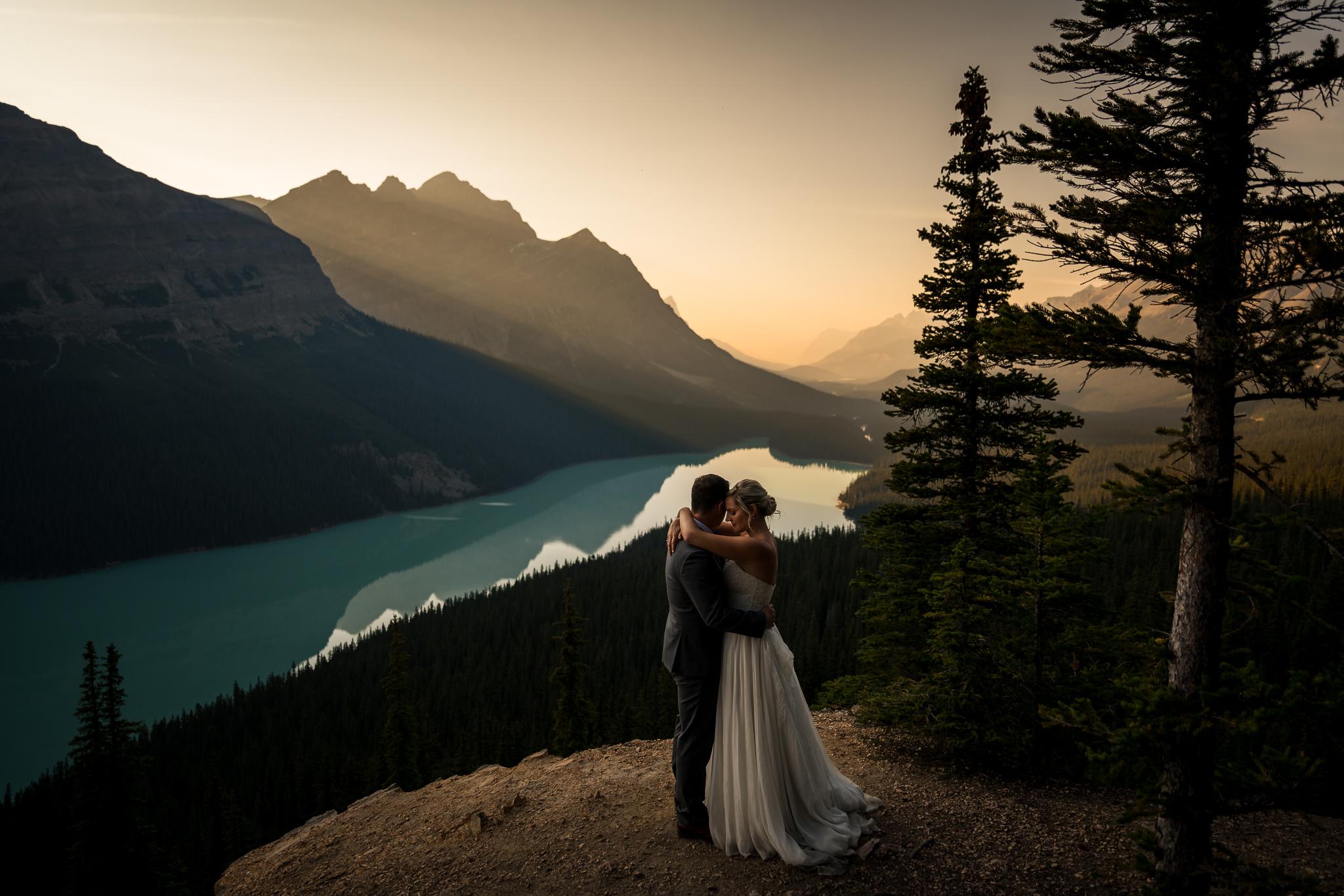 Peyto Lake Adventure Wedding Banff Wedding Photographer Lake Louise Calgary Wedding Photographer intimate elopement