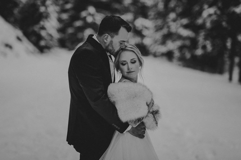 Lake Minnewanka adventurous wedding photos