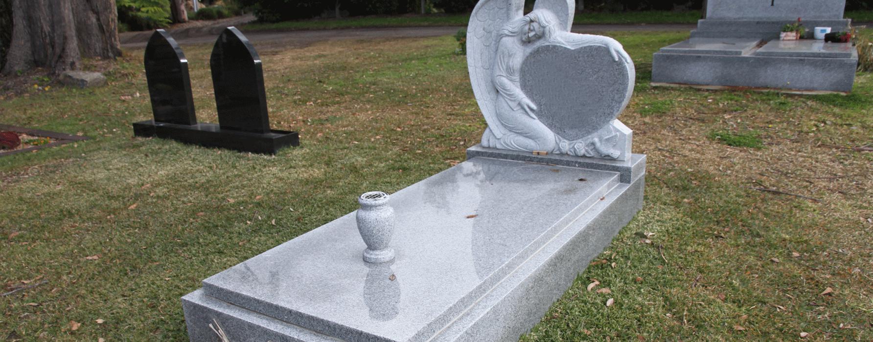 light_grey_gravestone5.png
