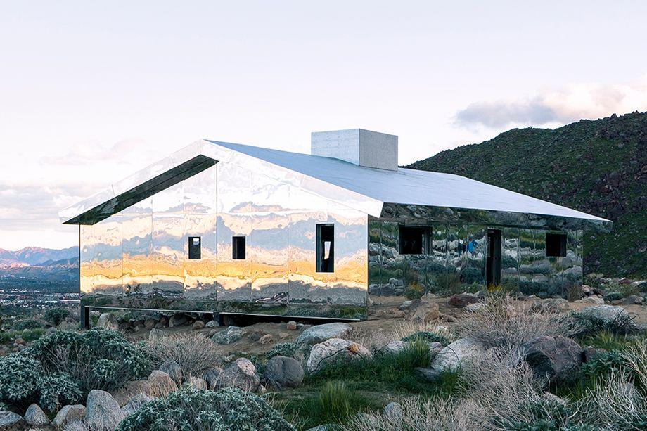 """Doug Aitken 's """" Mirage """", Photo by Lance Gerber/Designboom"""