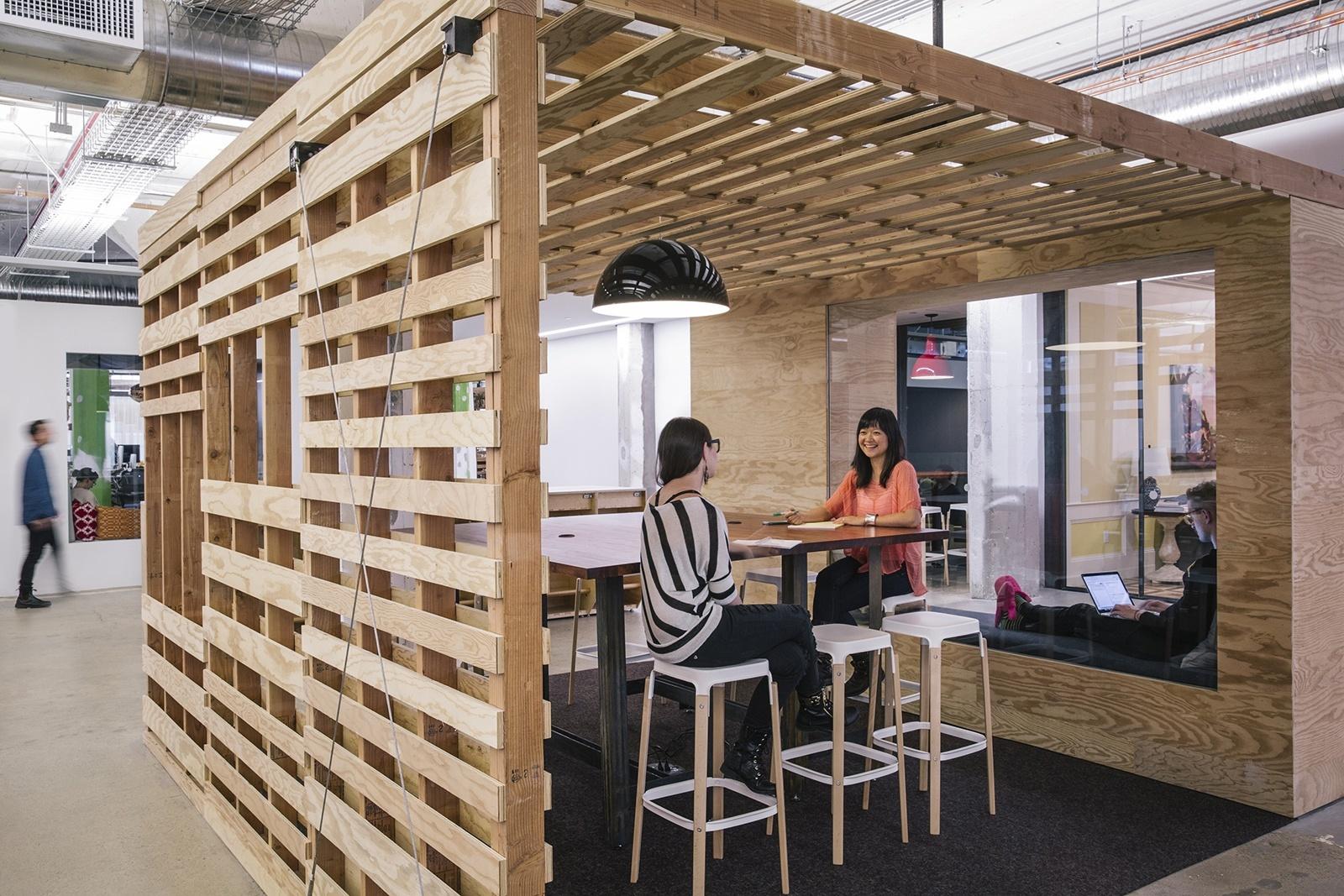 airbnb-office-12.jpeg