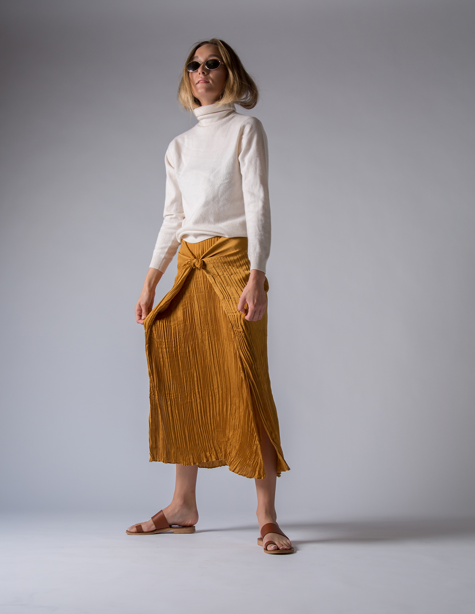 Vintage sweater, Theory skirt, Stace Fulwiler shoes, Club La vintage sunglasses
