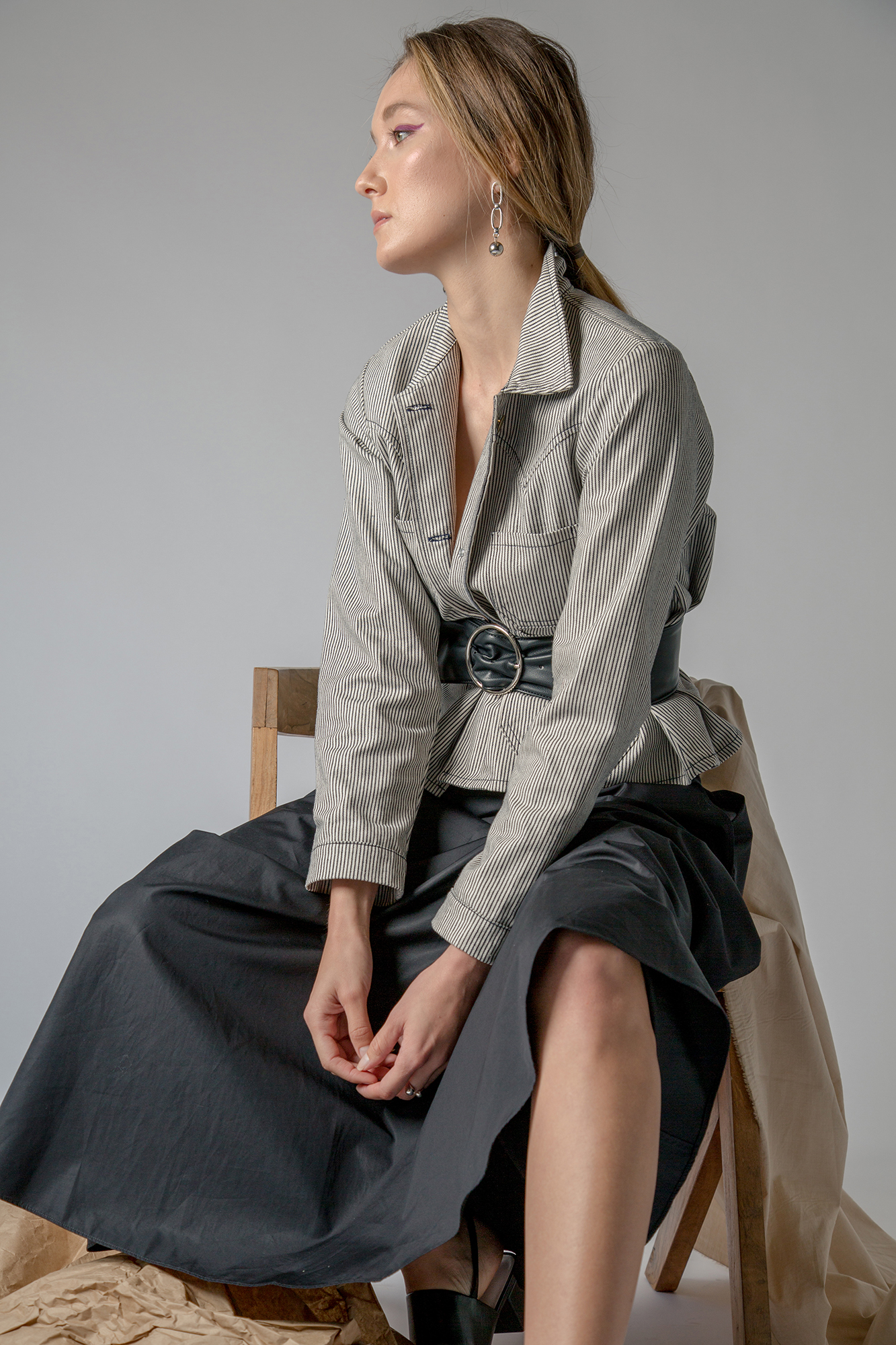 Theory skirt, Lykke Wullf jacket, Via Spiga shoes, Vintage earrings, Halogen belt.
