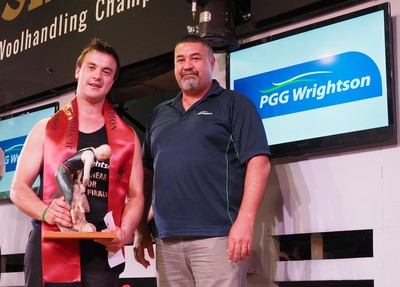 Sam Davison winner of Masterton - Junior Shearing