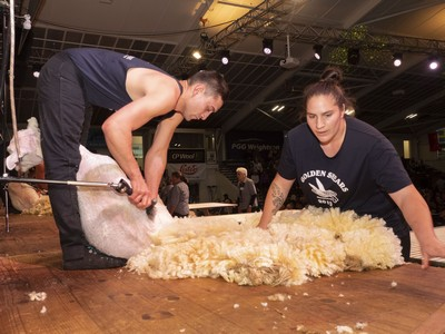 Open Wool Handling