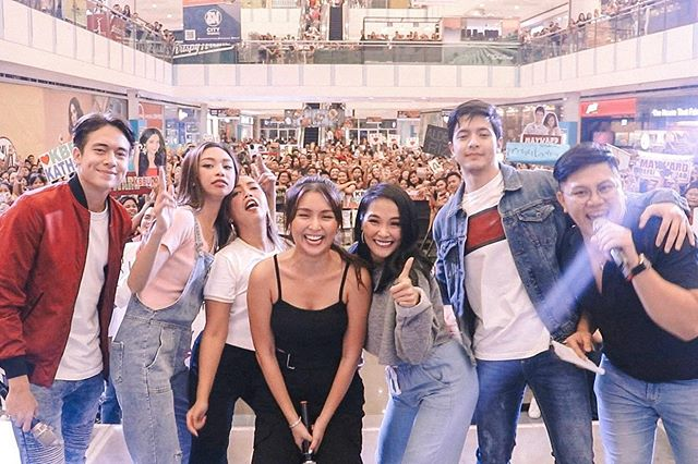 Another fun weekend checked off the #HelloLoveGoodbye World Tour list! Maraming, maraming salamat po sa lahat ng nakisaya sa Gateway Mall at SM Masinag! See you guys next weekend! ✨ • #HELLOLoveFanMeetJULY14 #LifeAtStarCinema
