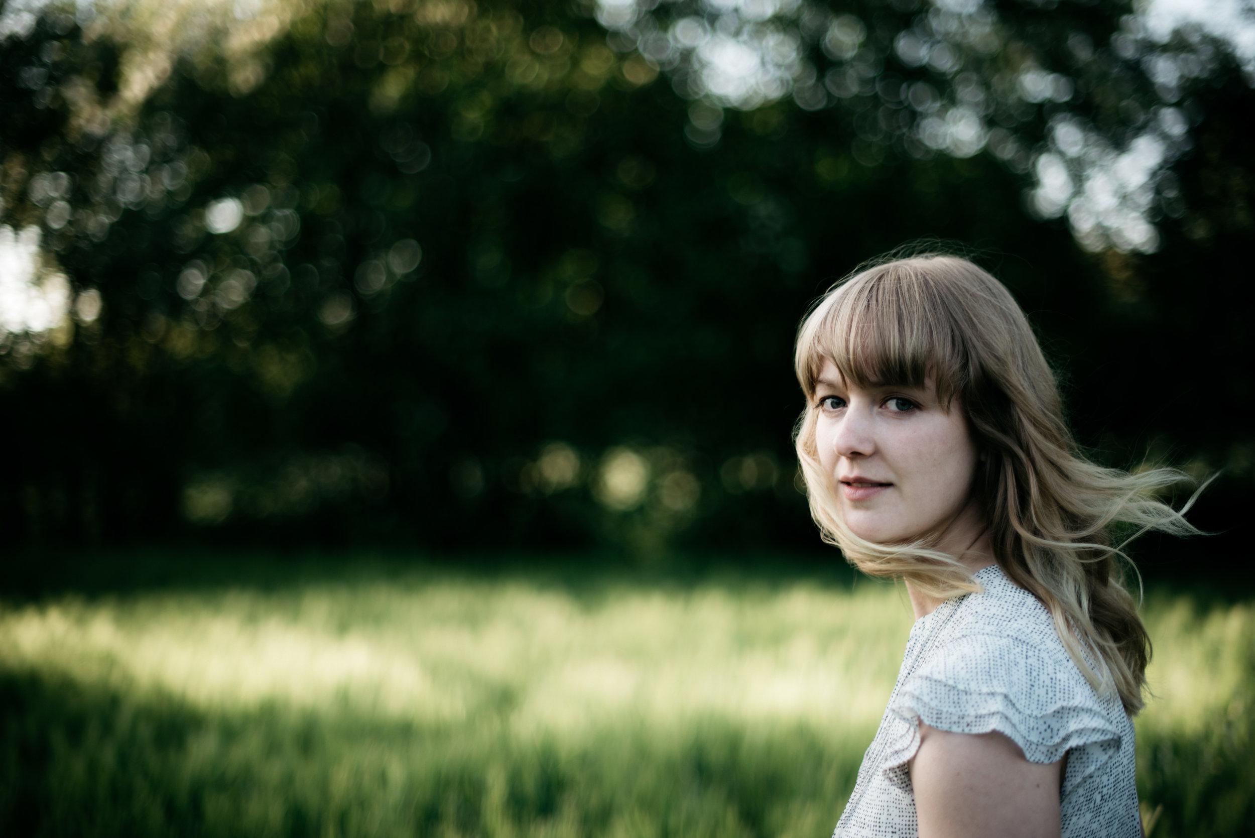 summer-portrait-cathrin-malin.jpg