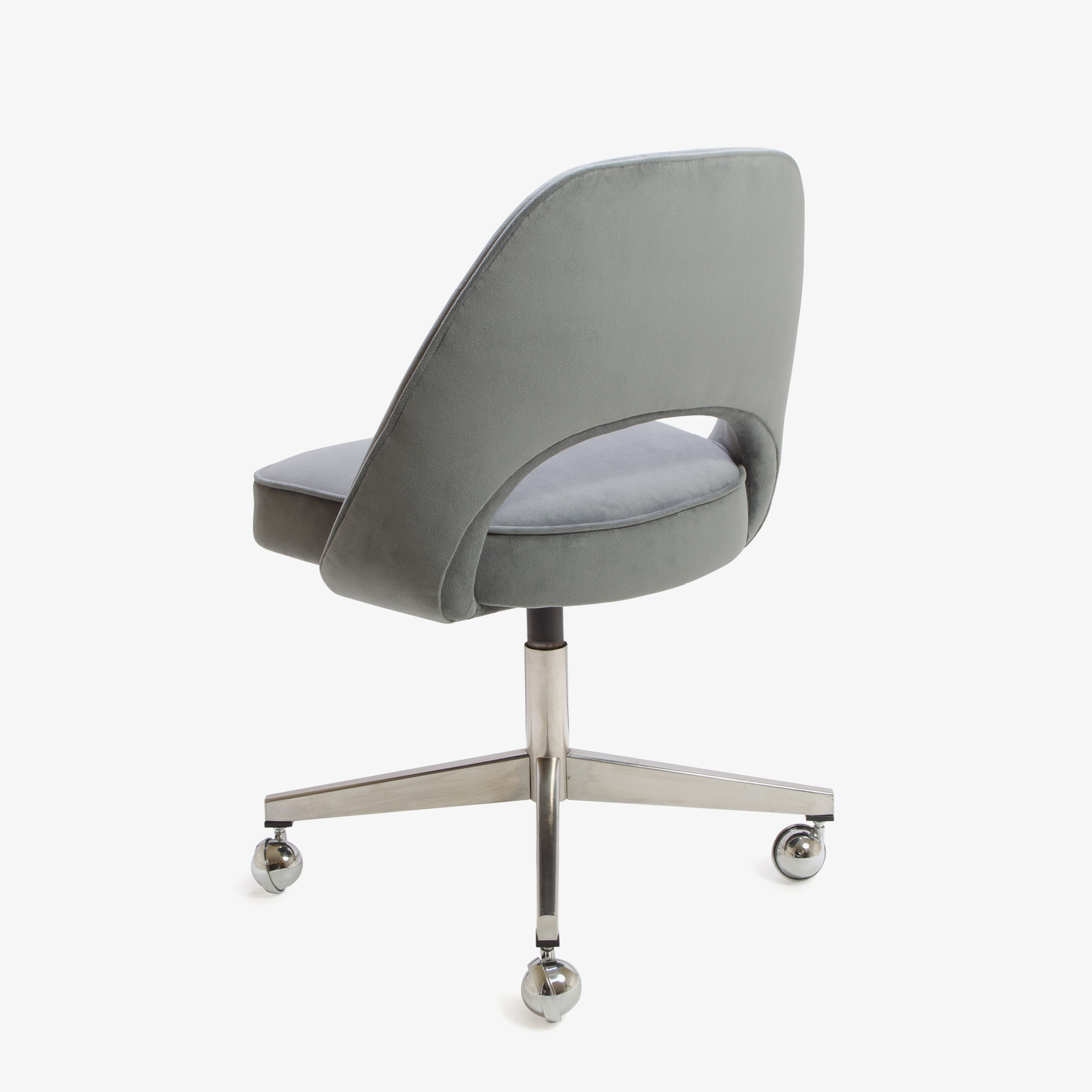 Knoll Saarinen Executive Armless Chair in Moleskin