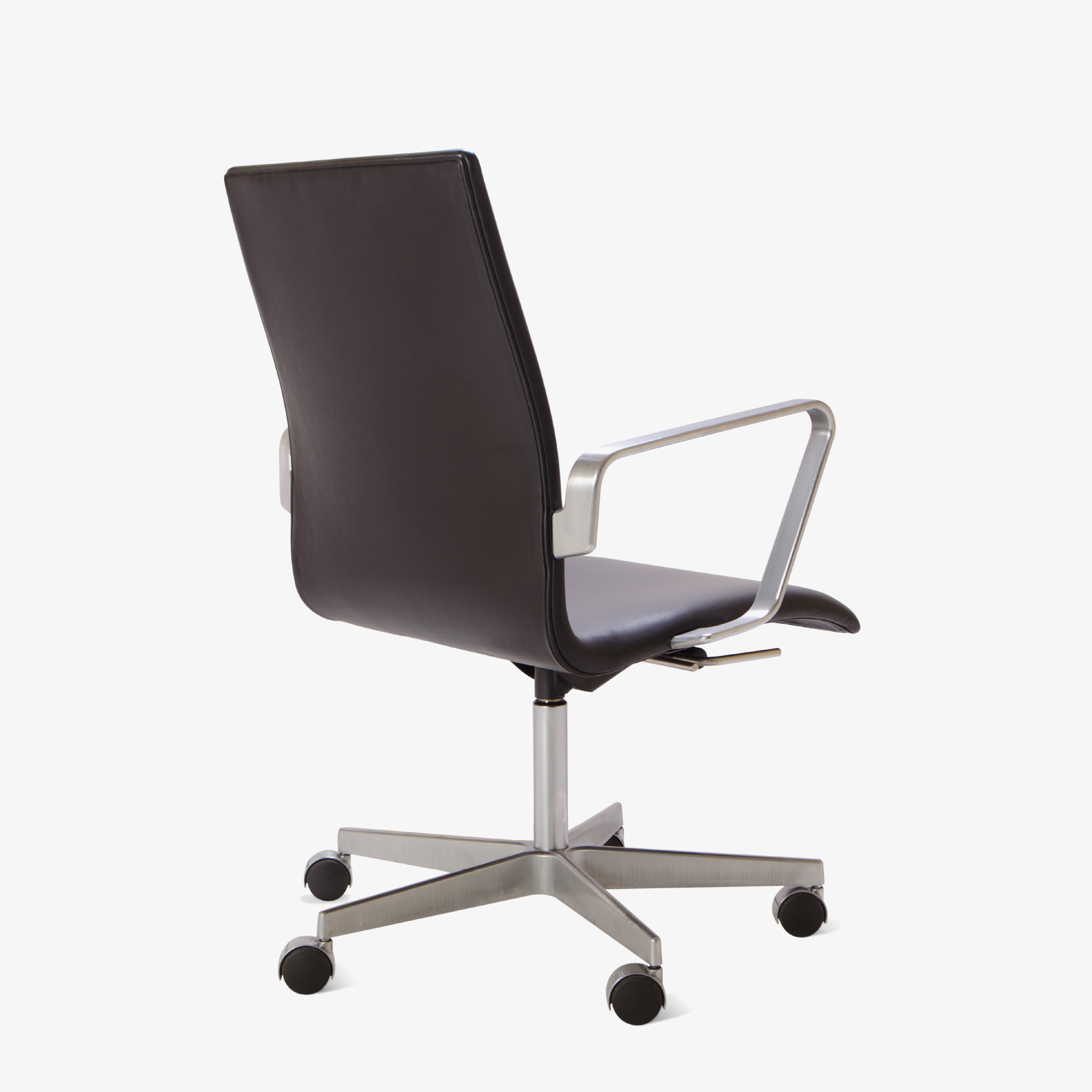 Oxford Chair by Arne Jacobsen for Fritz Hansen5.png