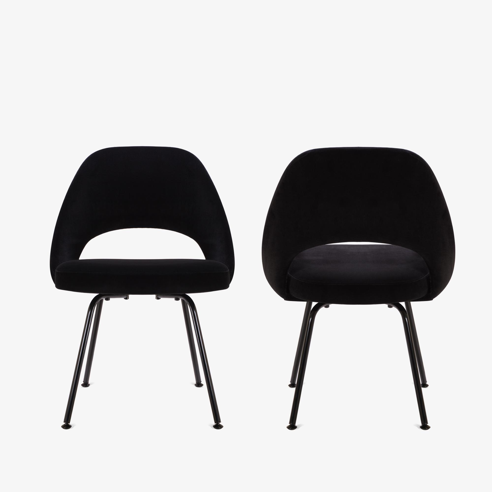 Knoll Saarinen Executive Armless Chair, Black Edition