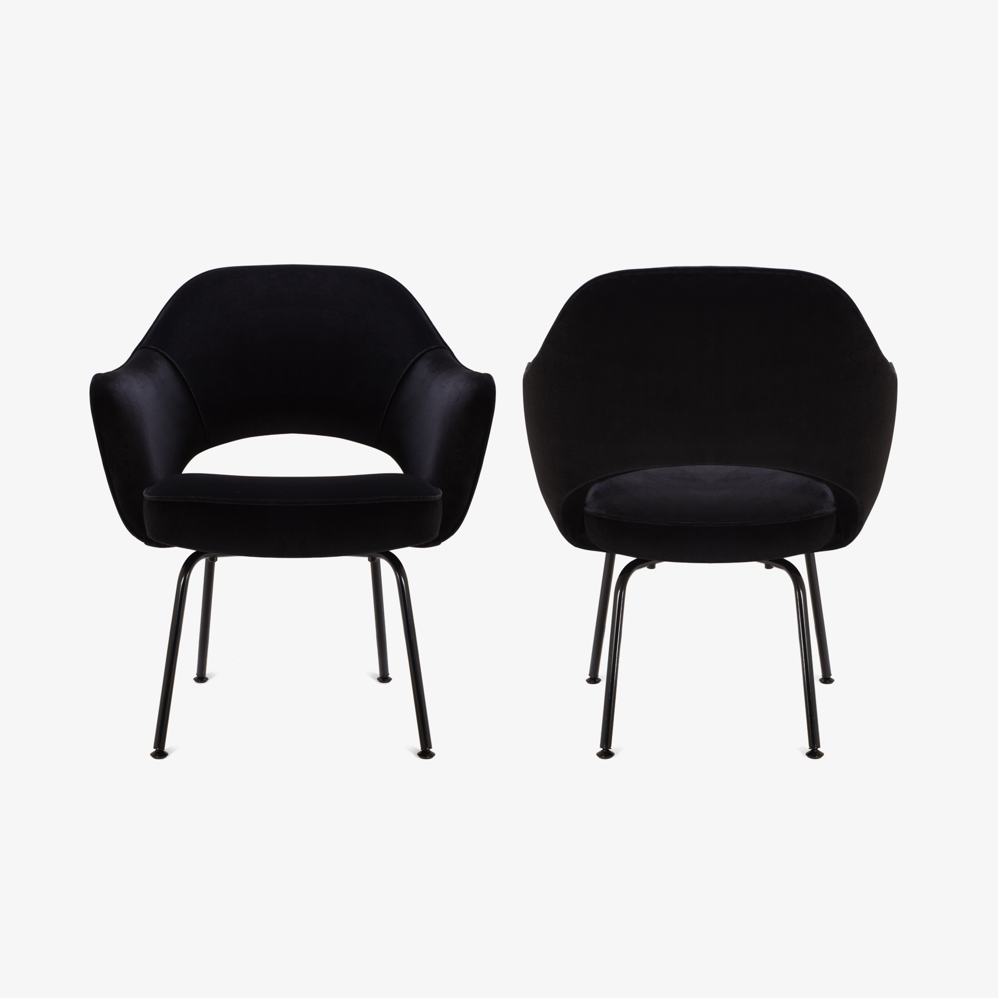 Knoll Saarinen Executive Arm Chair, Black Edition