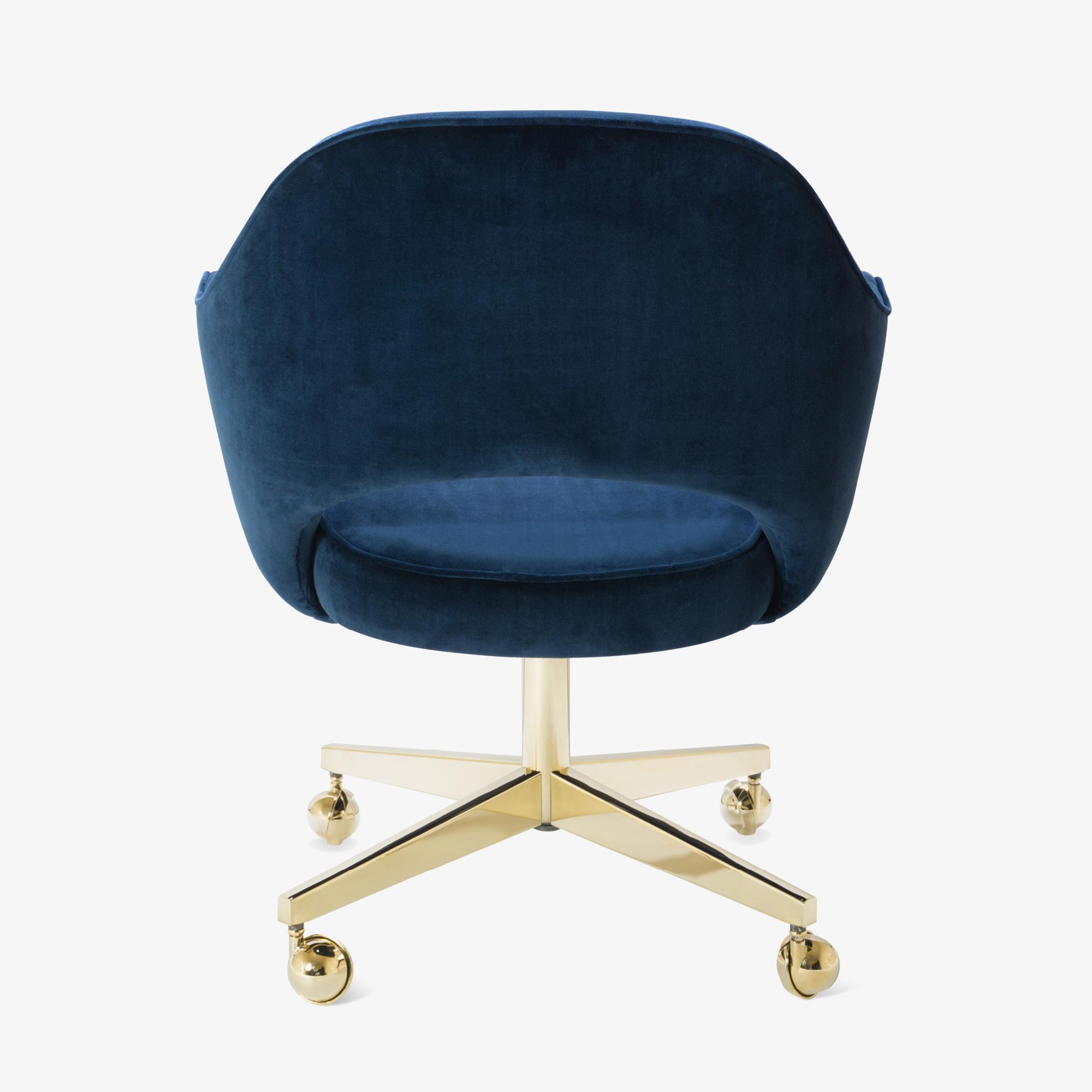 Saarinen Executive Arm Chair in Navy Velvet, Swivel Base, 24k Gold Edition6.png