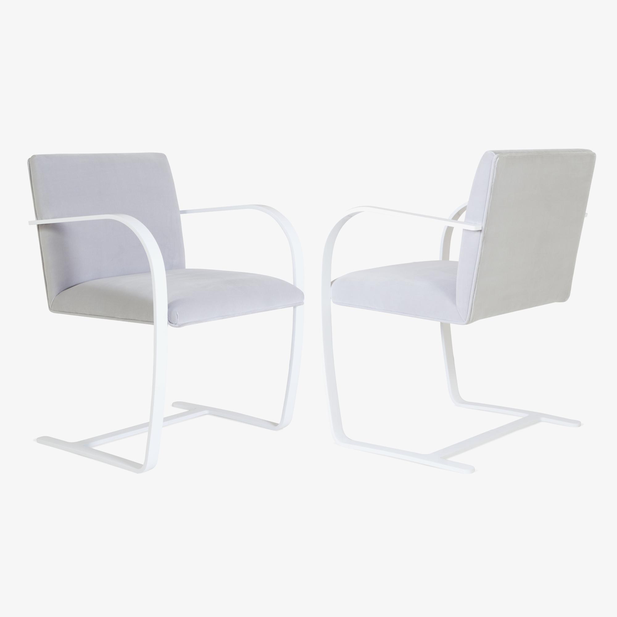 Brno Flat-Bar Chair in Dove Velvet, Lunar Gloss4.png
