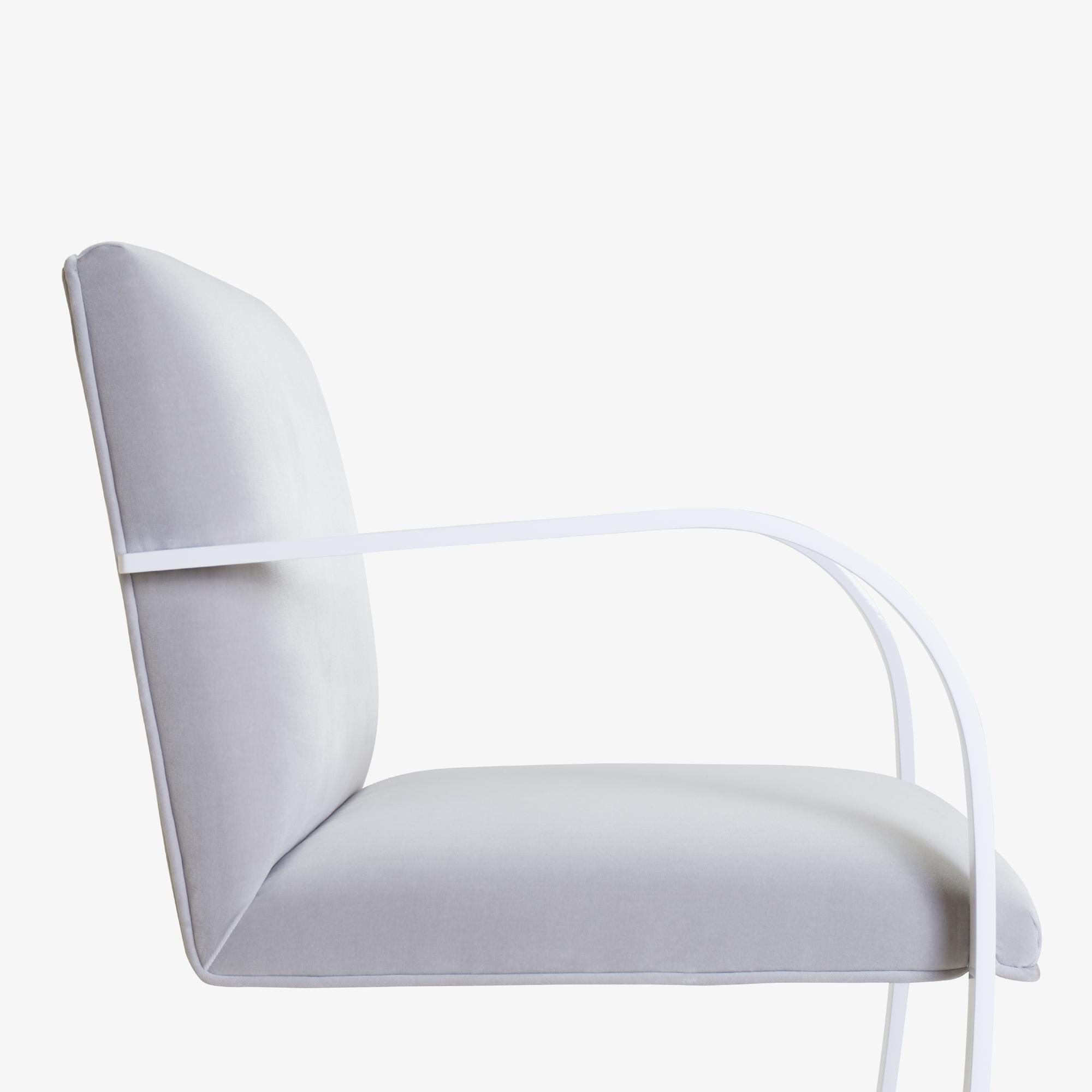 Brno Flat-Bar Chair in Dove Velvet, Lunar Gloss6.png