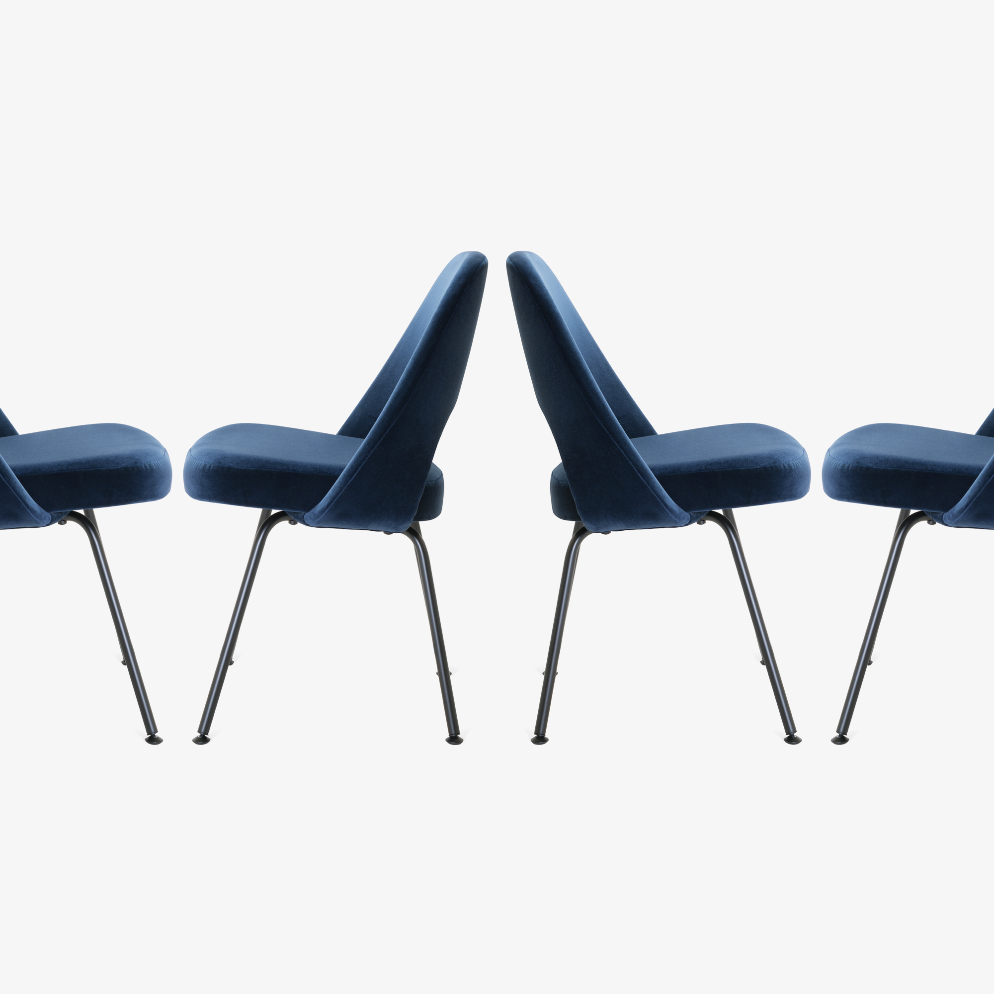 Saarinen Executive Armless Chairs in Navy Velvet, Black Edition6.png