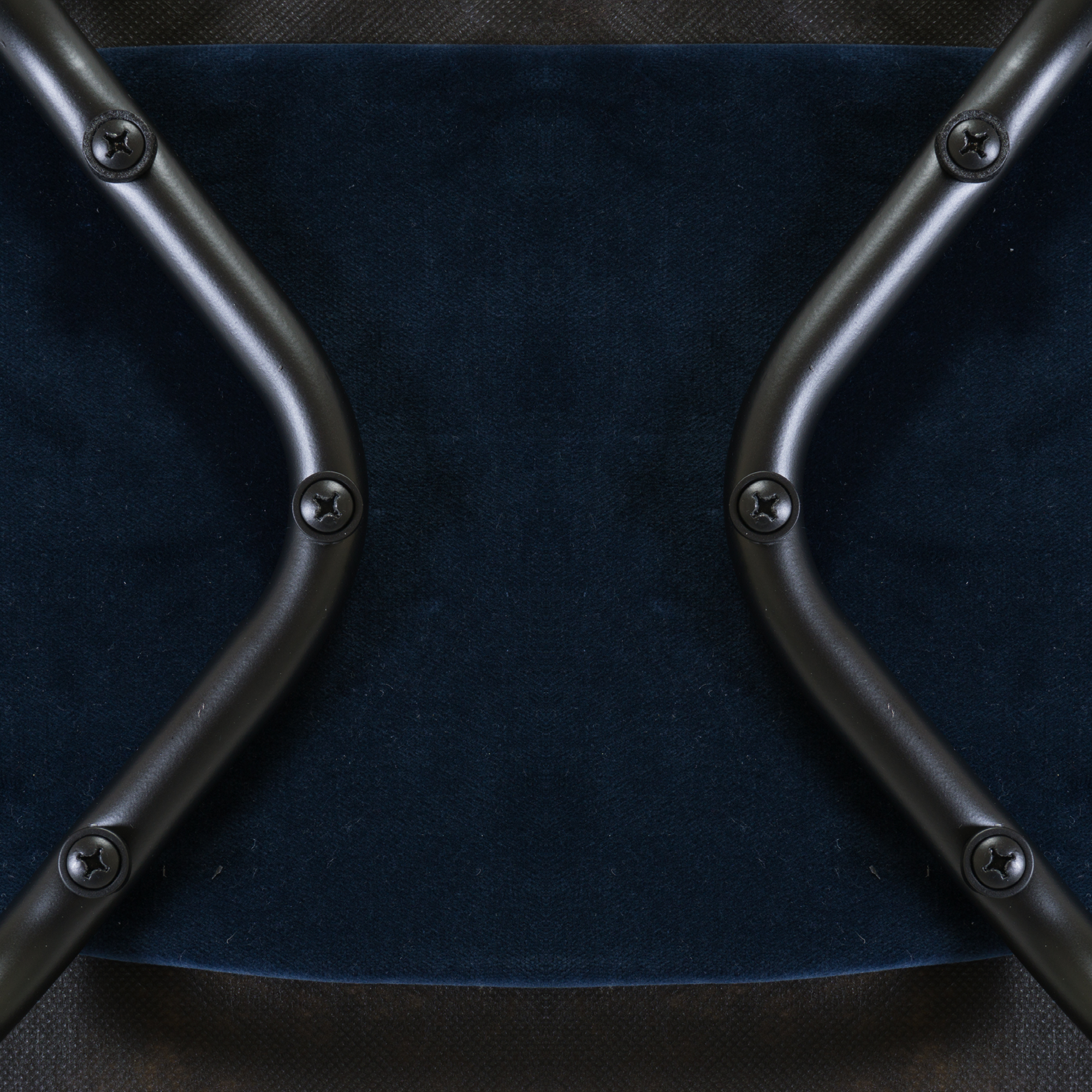 Saarinen Executive Armless Chairs in Navy Velvet, Black Edition12.png