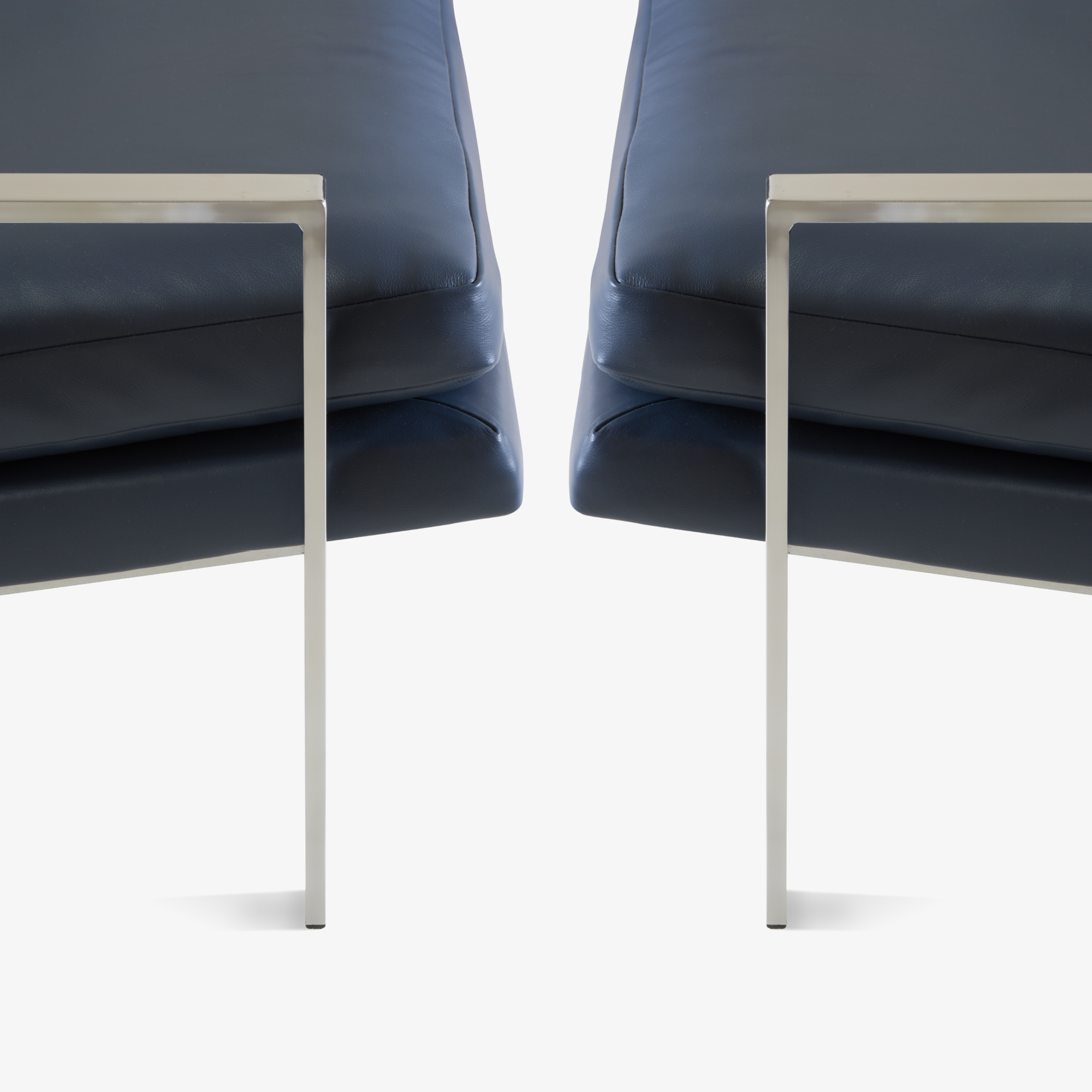 Flat-Bar Club Chairs in Navy Leather by Milo Baughman for Thayer Coggin8.png
