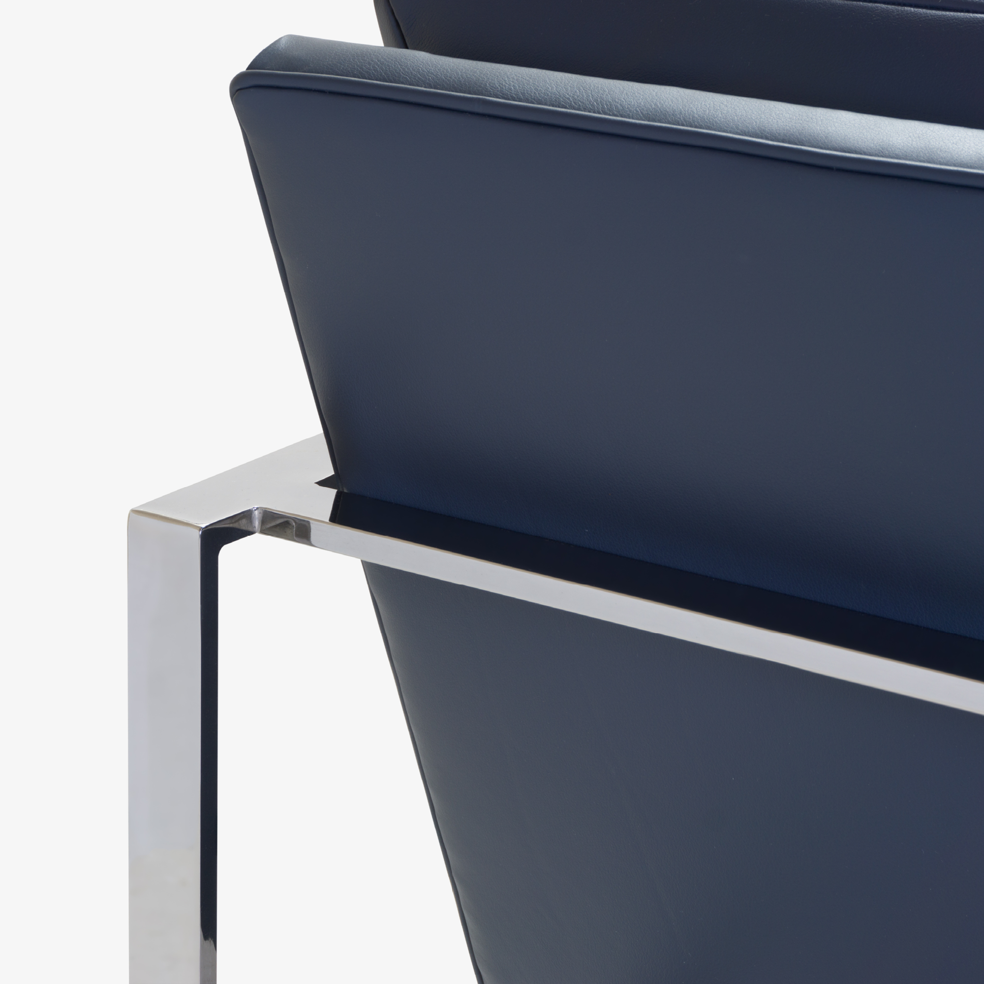 Flat-Bar Club Chairs in Navy Leather by Milo Baughman for Thayer Coggin5.png