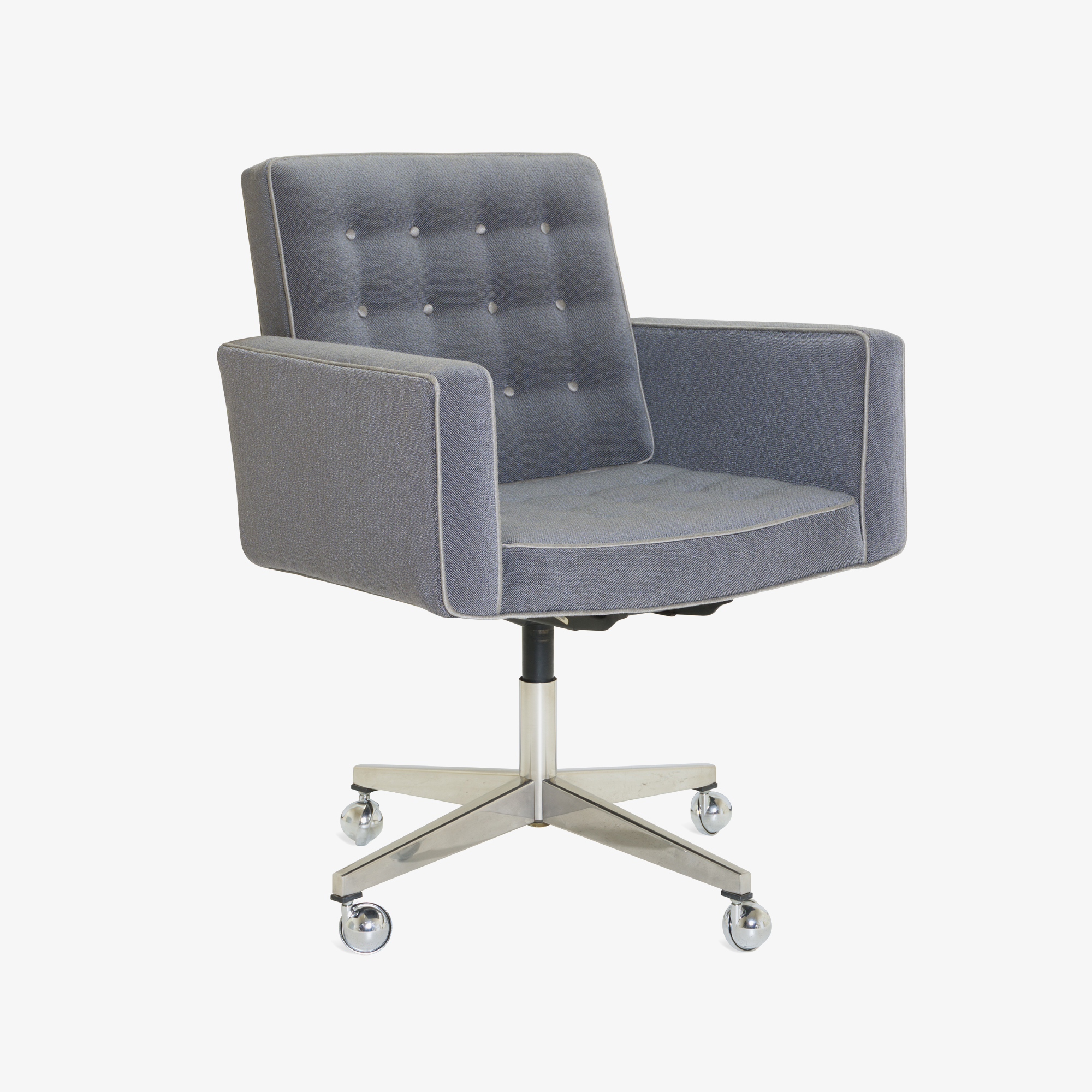 Executive Chair in Vintage KnollTextiles by Vincent Cafiero for Knoll2.png