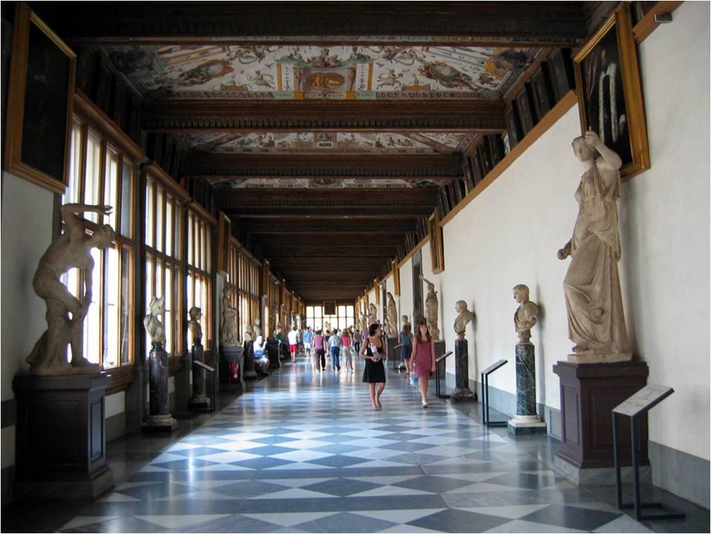 Gallerie Uzzi (en partie rénovée en 2014 par la maison Fendi) Crédit : Wikipédia