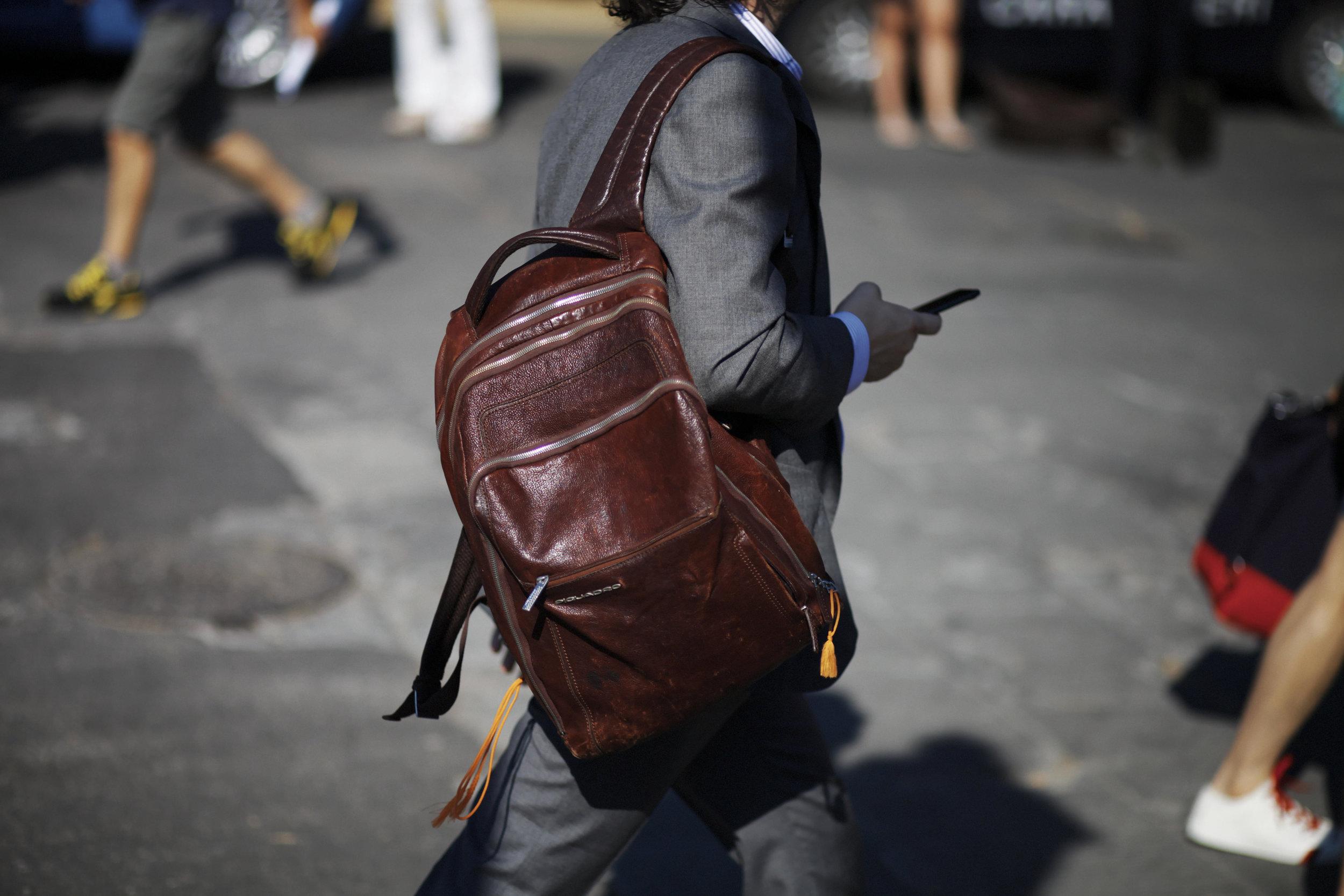 Pitti Uomo les indispensables paris 92 Florence sac cuir leather bag