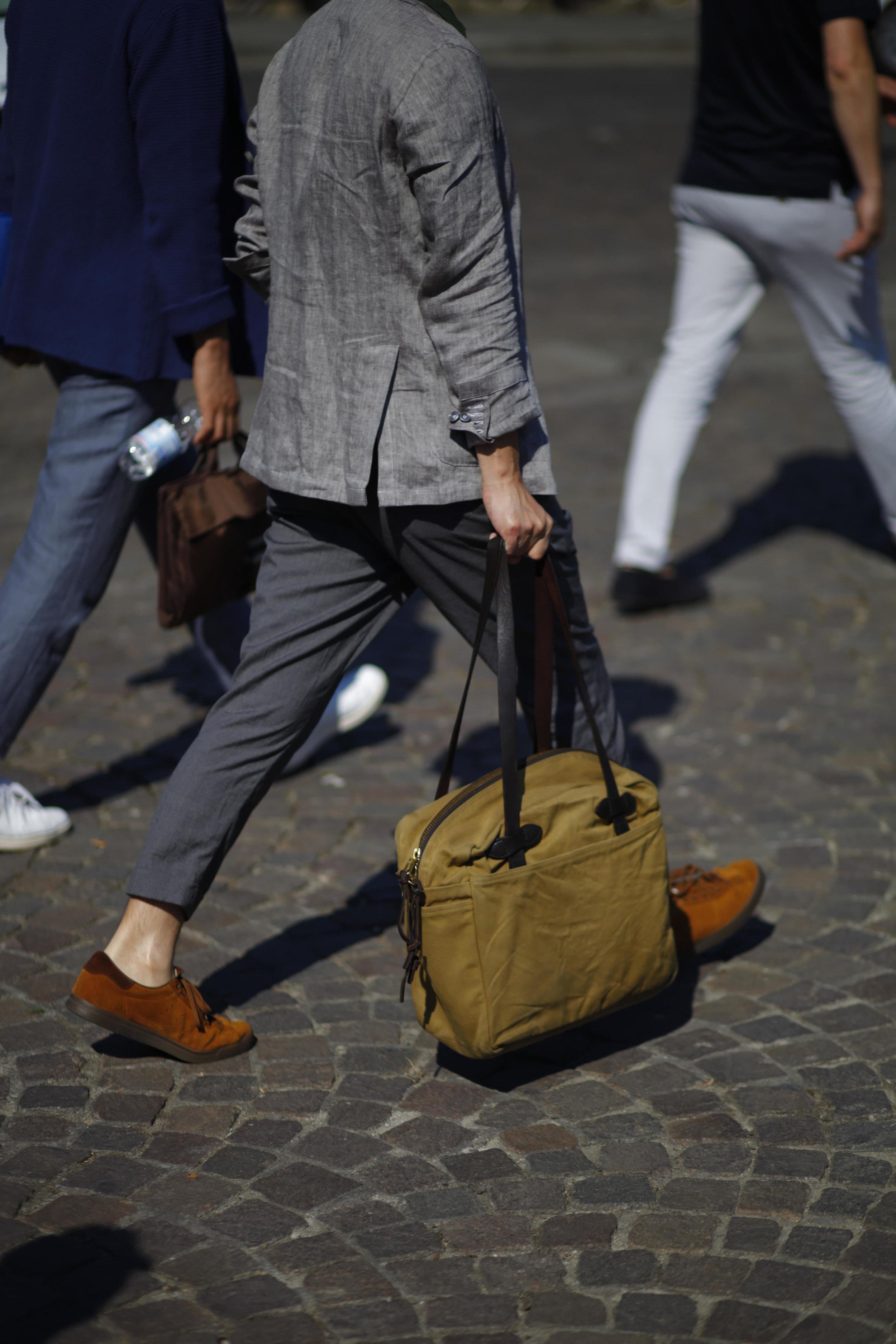 Pitti Uomo les indispensables paris 92 Florence filson bag