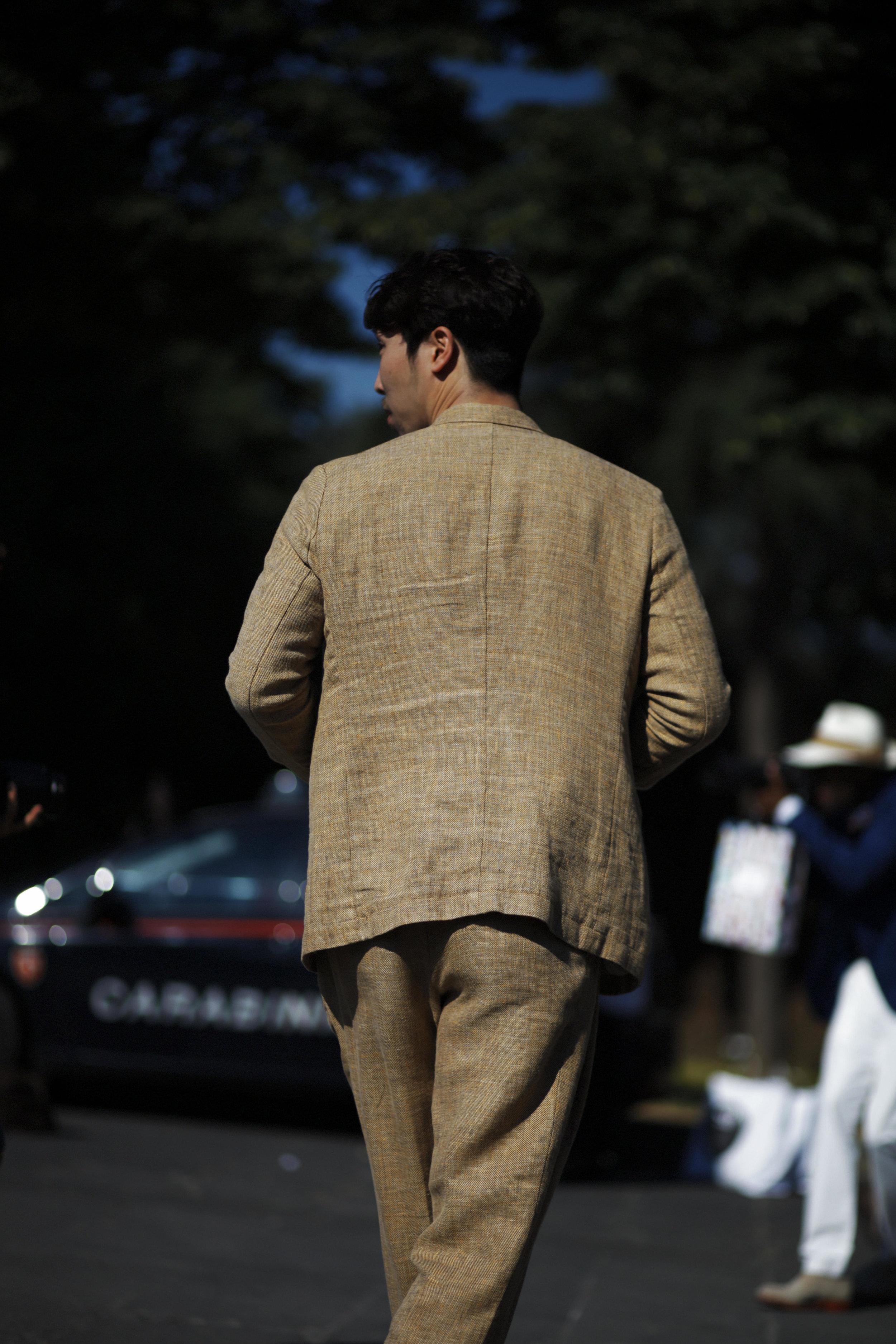 Pitti Uomo les indispensables paris 92 Florence lin costume