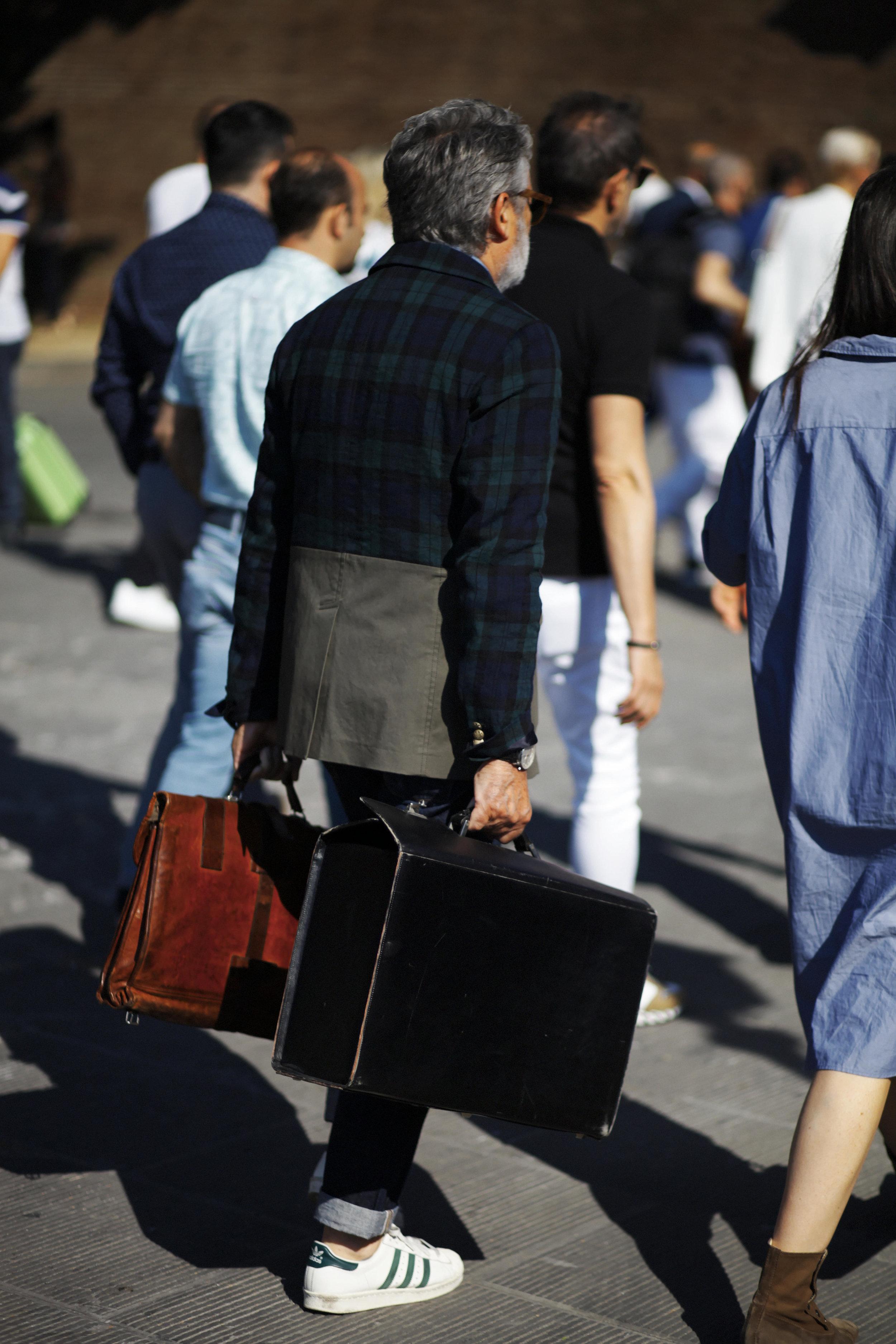 Pitti Uomo les indispensables paris 92 Florence sac bag valise