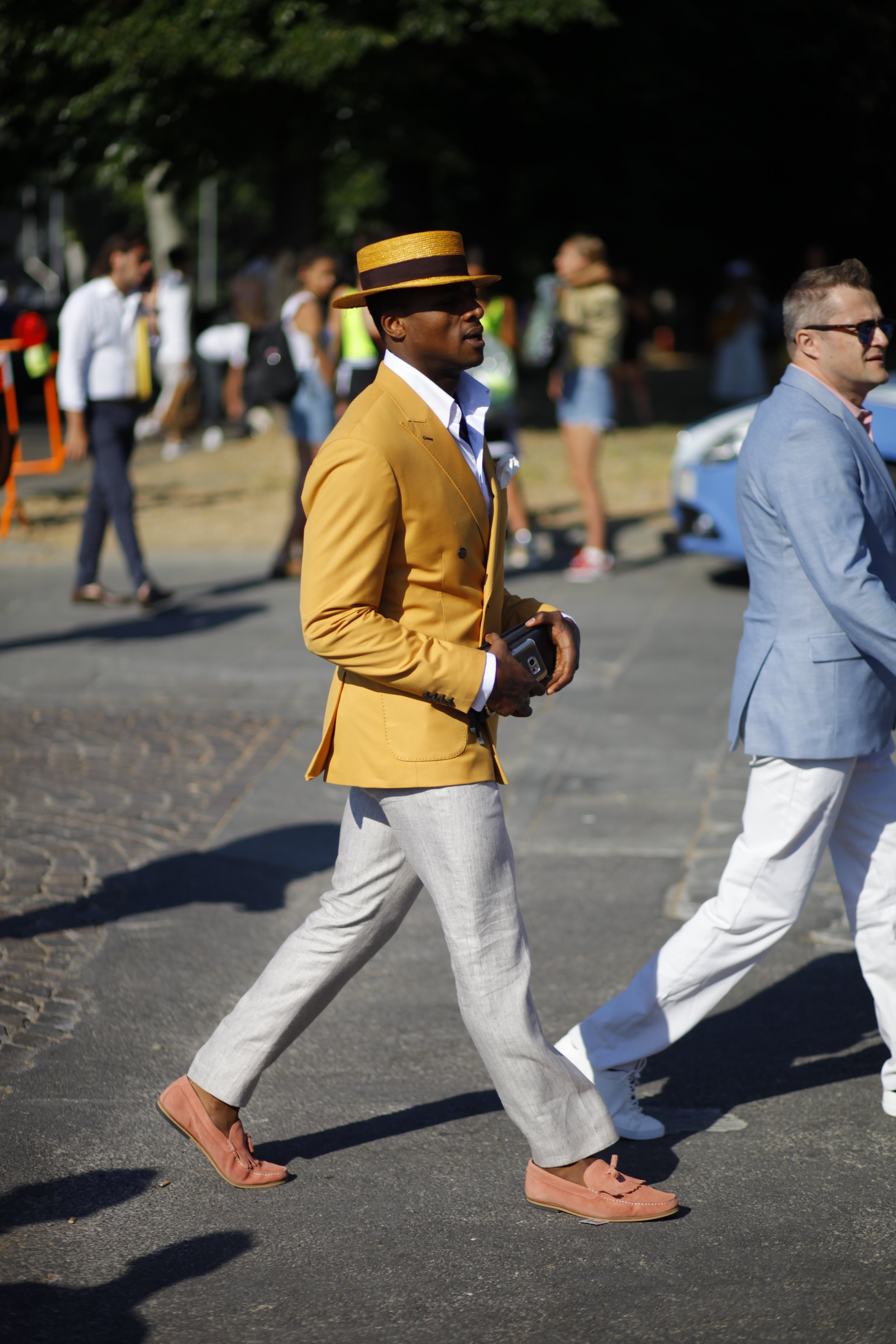 Pitti Uomo 92 color yellow style rose pink