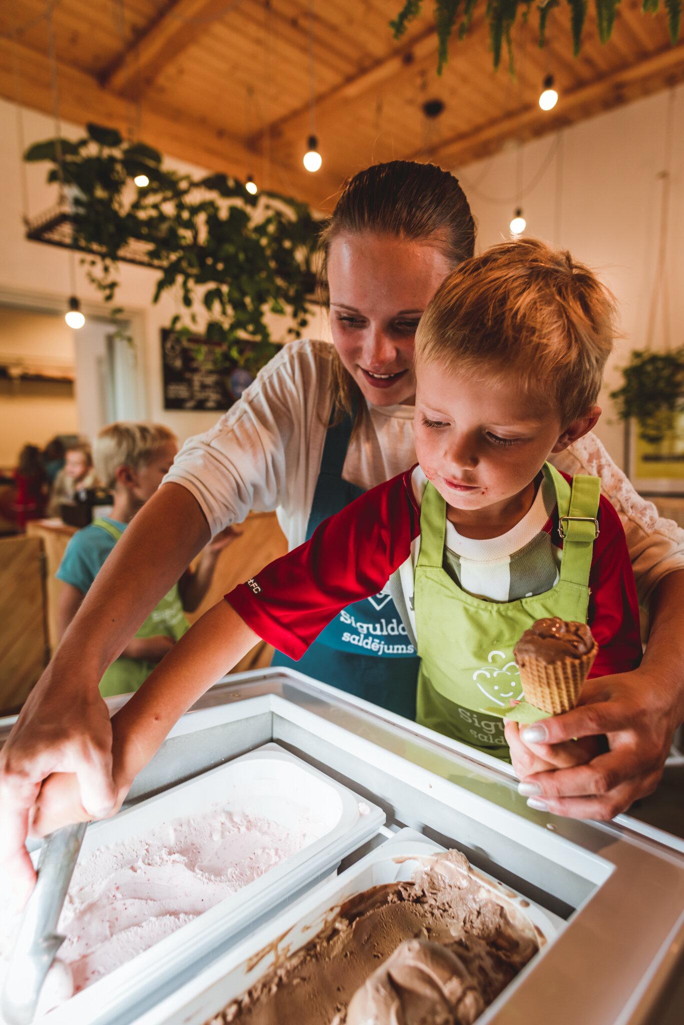 Skolēnu ekskursijas - Saldējuma servēšanas meisterklase