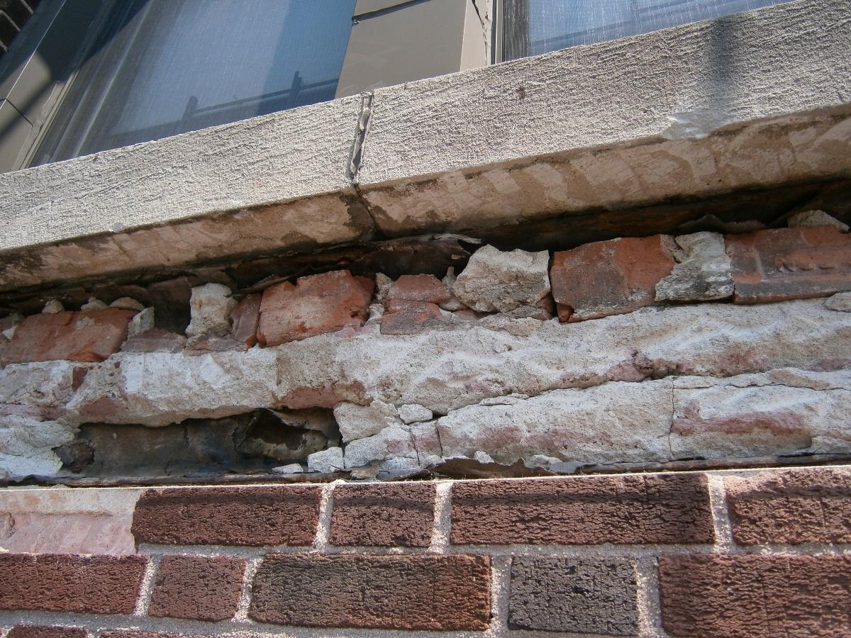 Historic-Buildings-W89th-Street-window-sills (1200x900).jpg